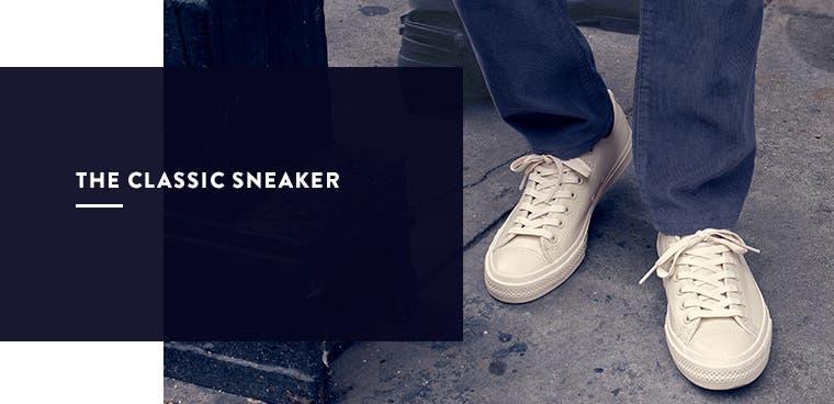 Men's classic sneaker.