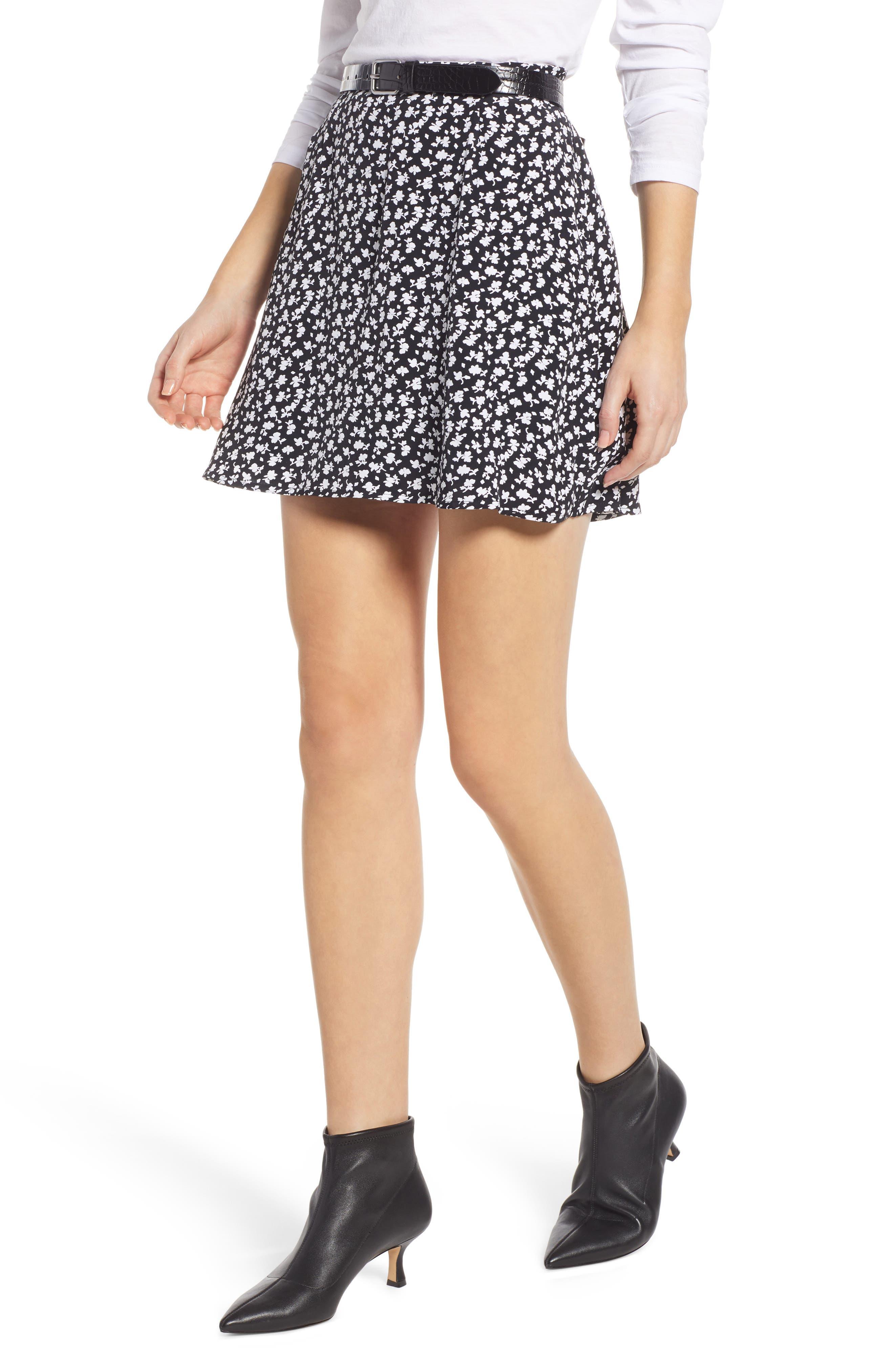 Easy Print Miniskirt by Something Navy