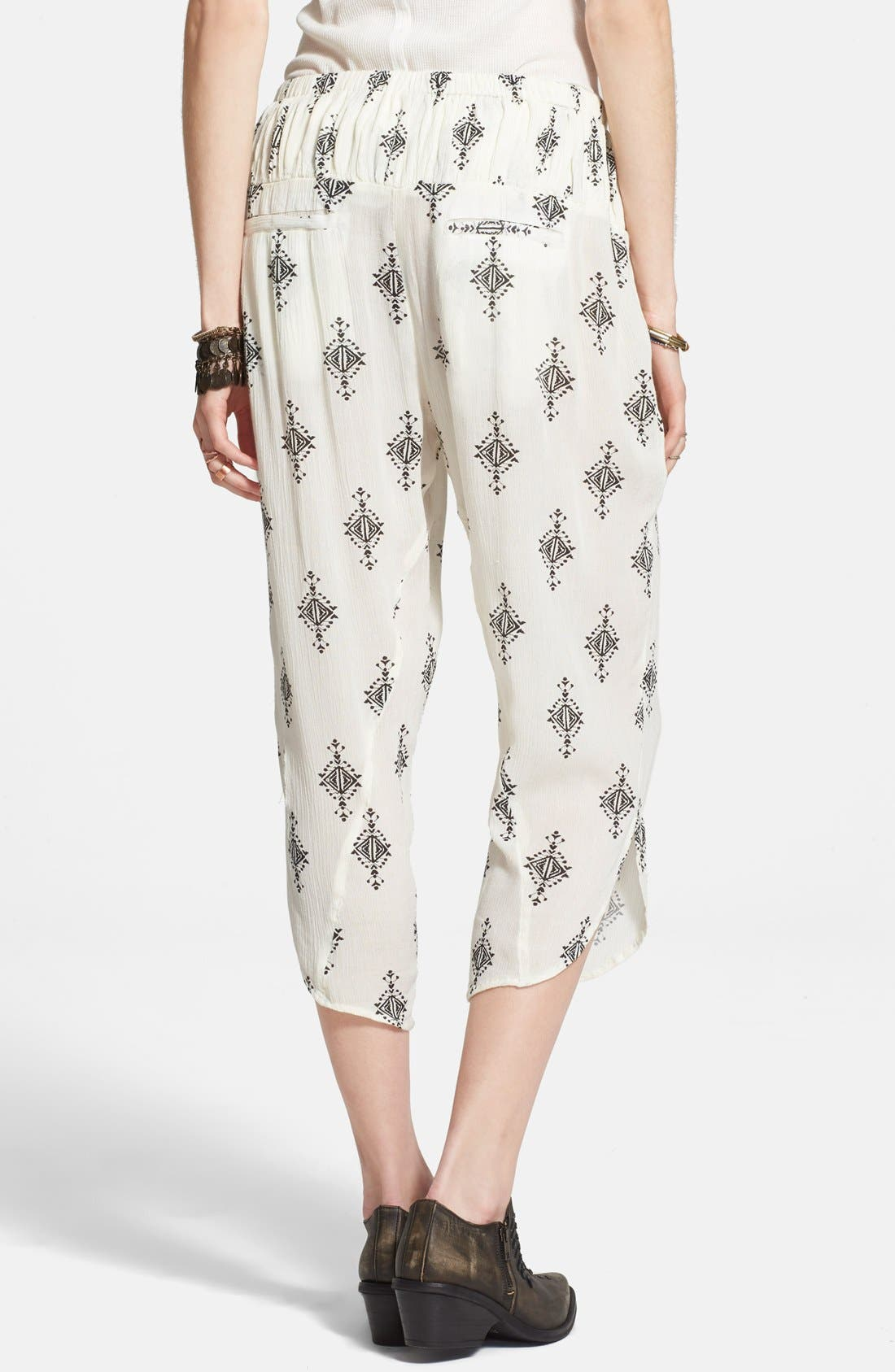 FREE PEOPLE,                             Gauzy Print Pants,                             Alternate thumbnail 3, color,                             250