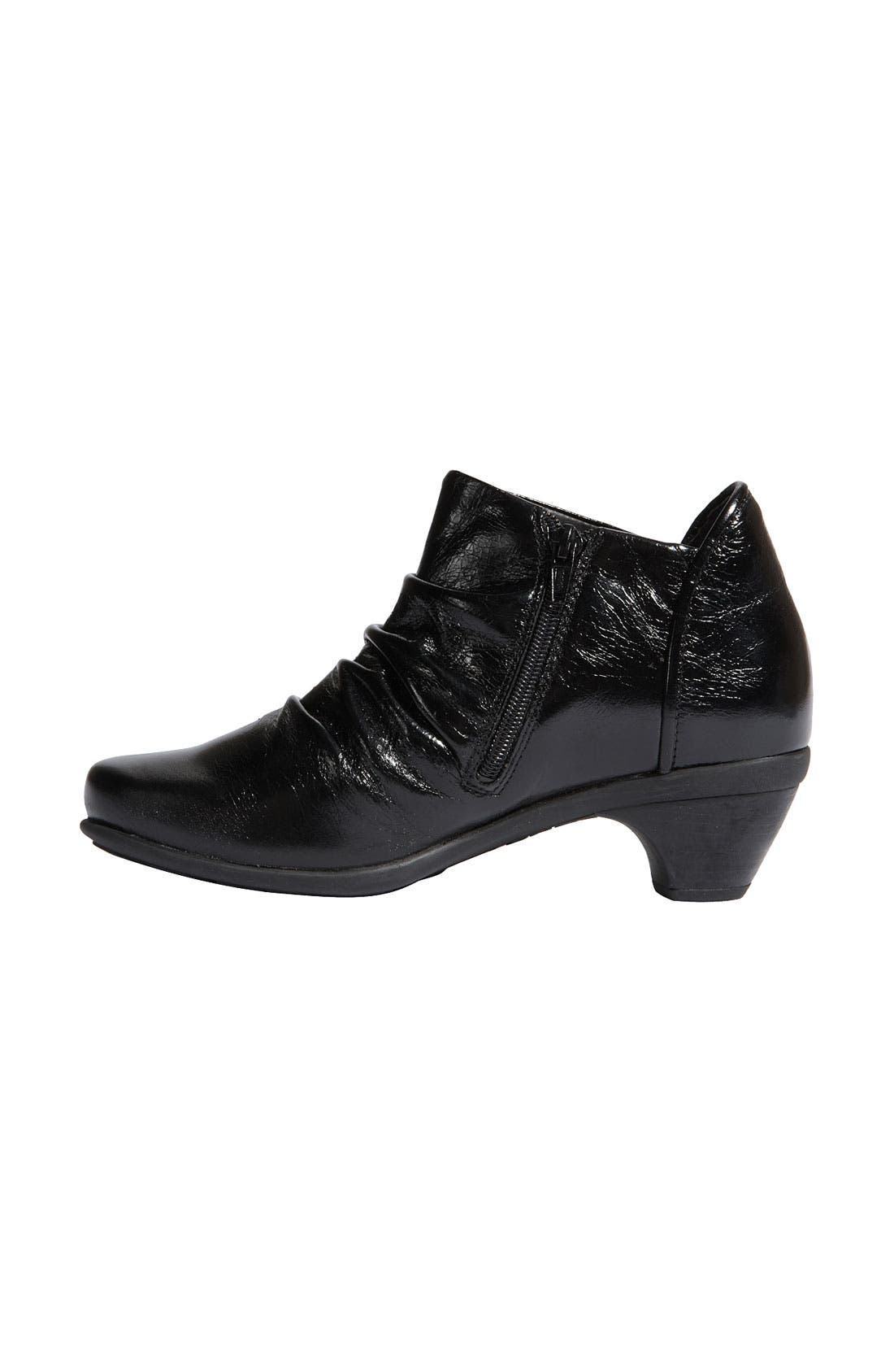 'Advance' Ankle Boot,                             Alternate thumbnail 3, color,                             001