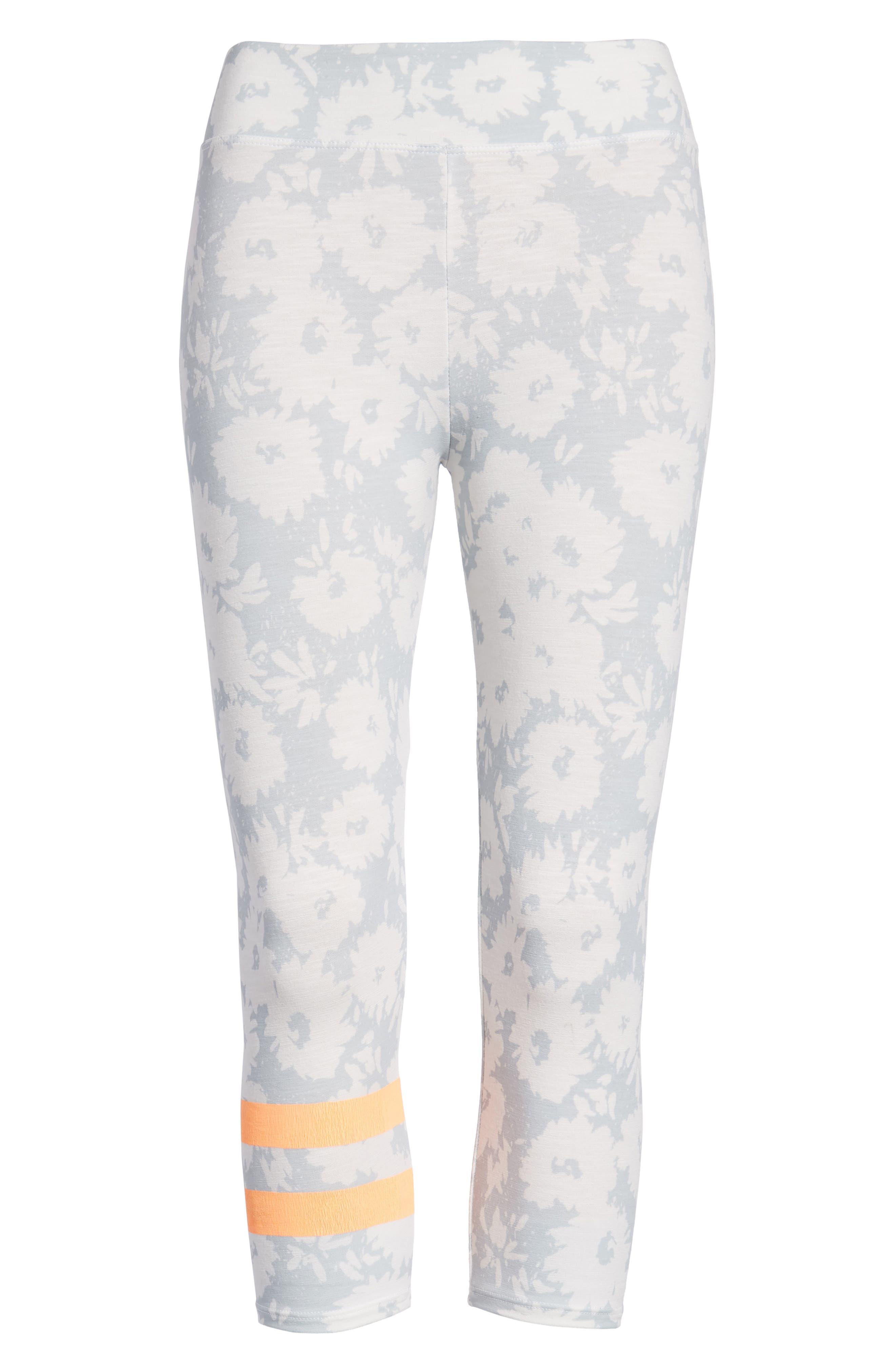 Stripe Print Capri Yoga Pants,                             Alternate thumbnail 7, color,                             451