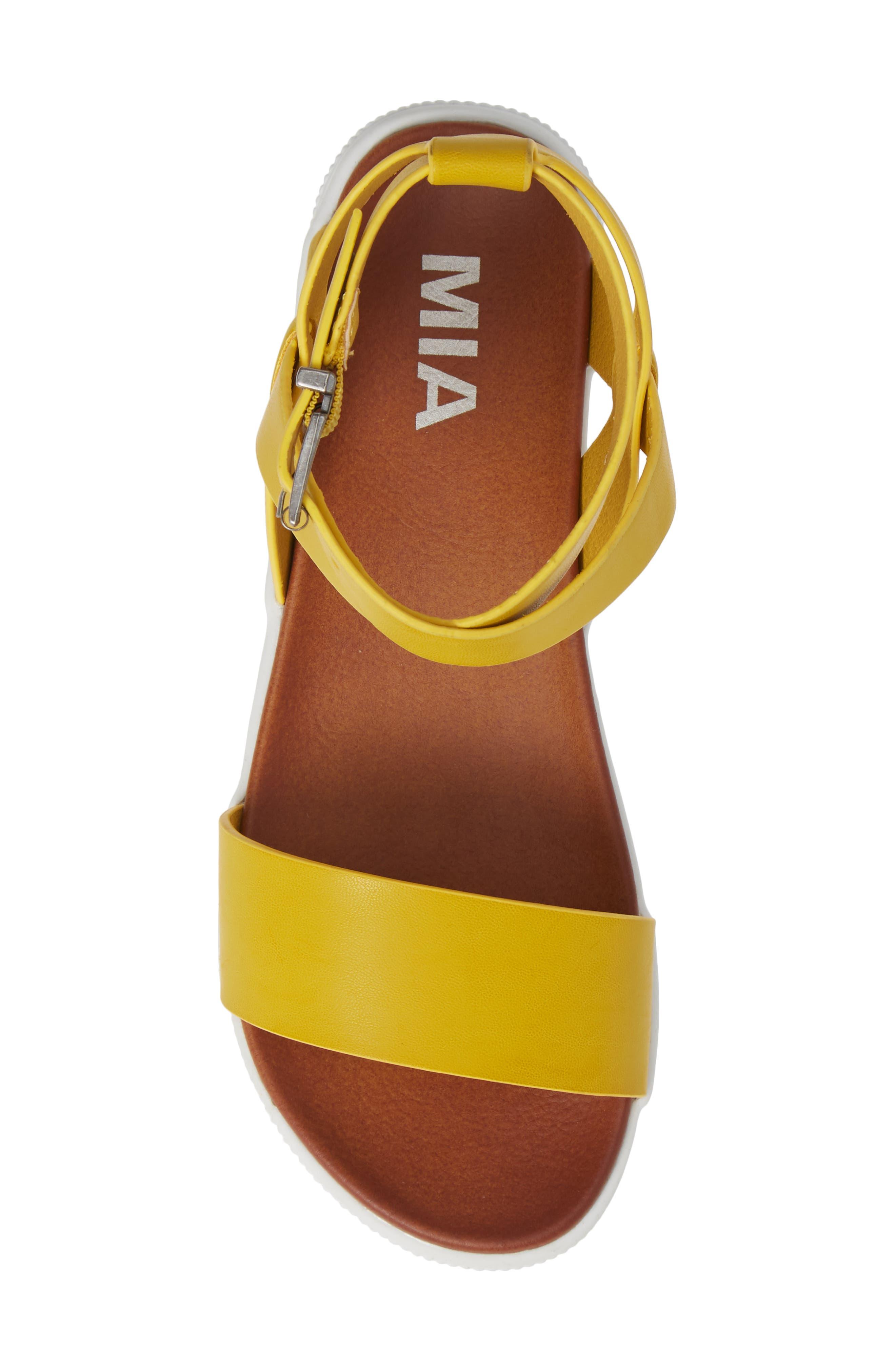 Calla Platform Sandal,                             Alternate thumbnail 5, color,                             YELLOW FAUX LEATHER