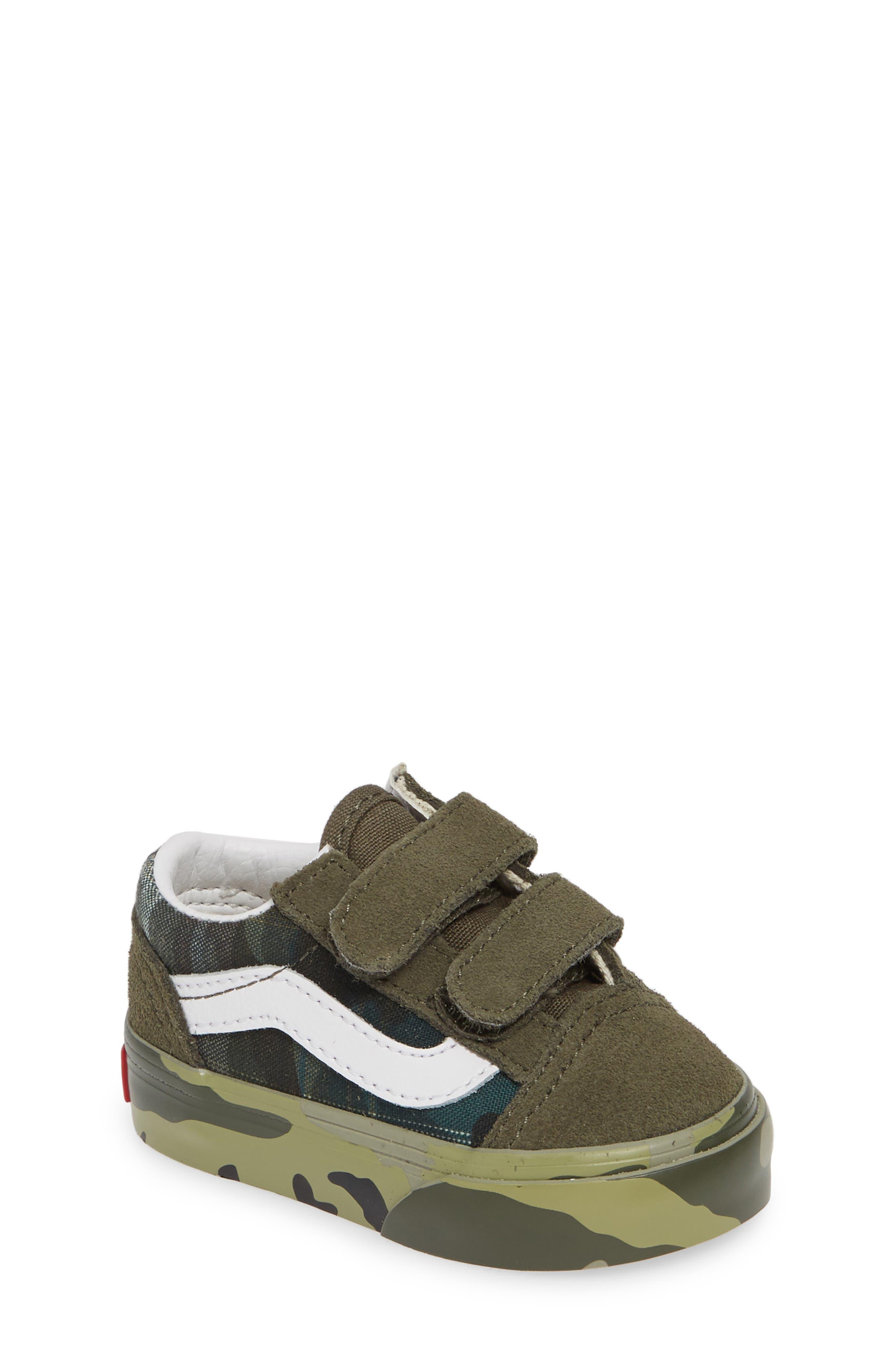 Toddler Boys Vans Old Skool V Sneaker Size 7 M  White
