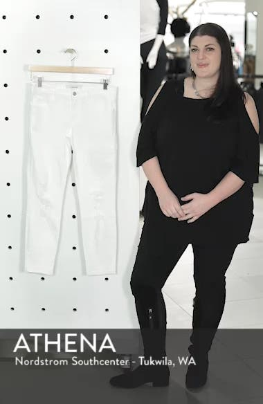 9326 Low Rise Crop Skinny Jeans, sales video thumbnail