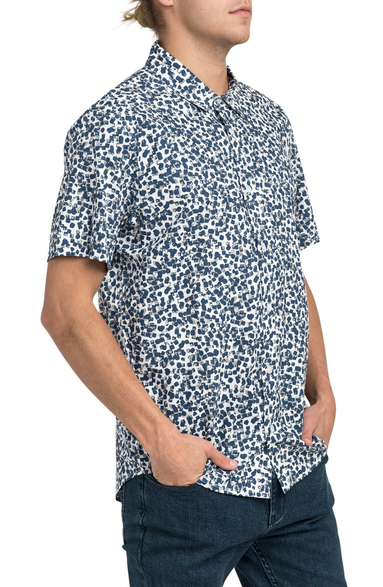 Barrow Short Sleeve Woven Shirt,                             Alternate thumbnail 3, color,                             900
