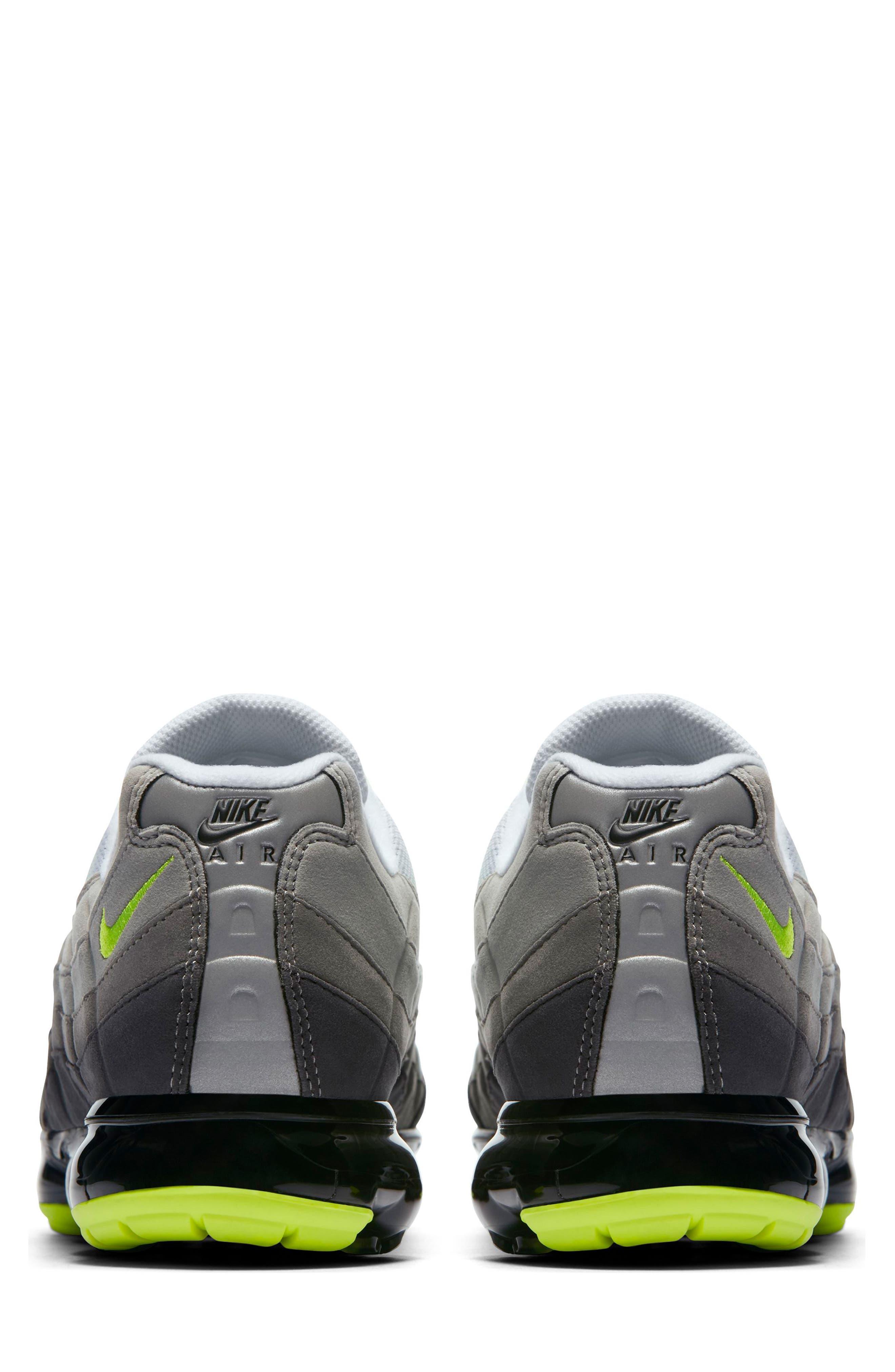 Air VaporMax '95 Sneaker,                             Alternate thumbnail 3, color,