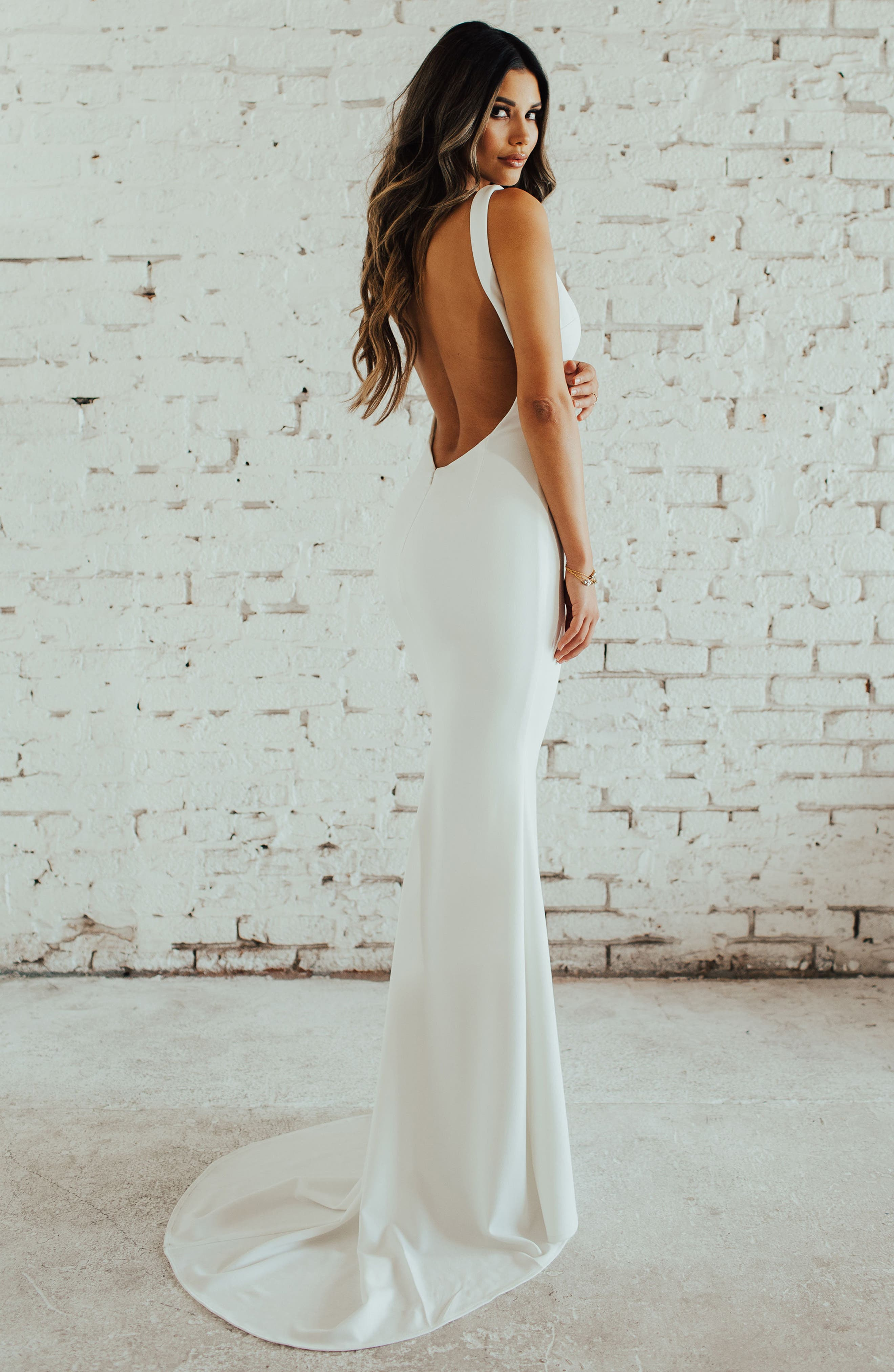 Paloma Plunge Back Trumpet Gown,                             Alternate thumbnail 5, color,                             IVORY