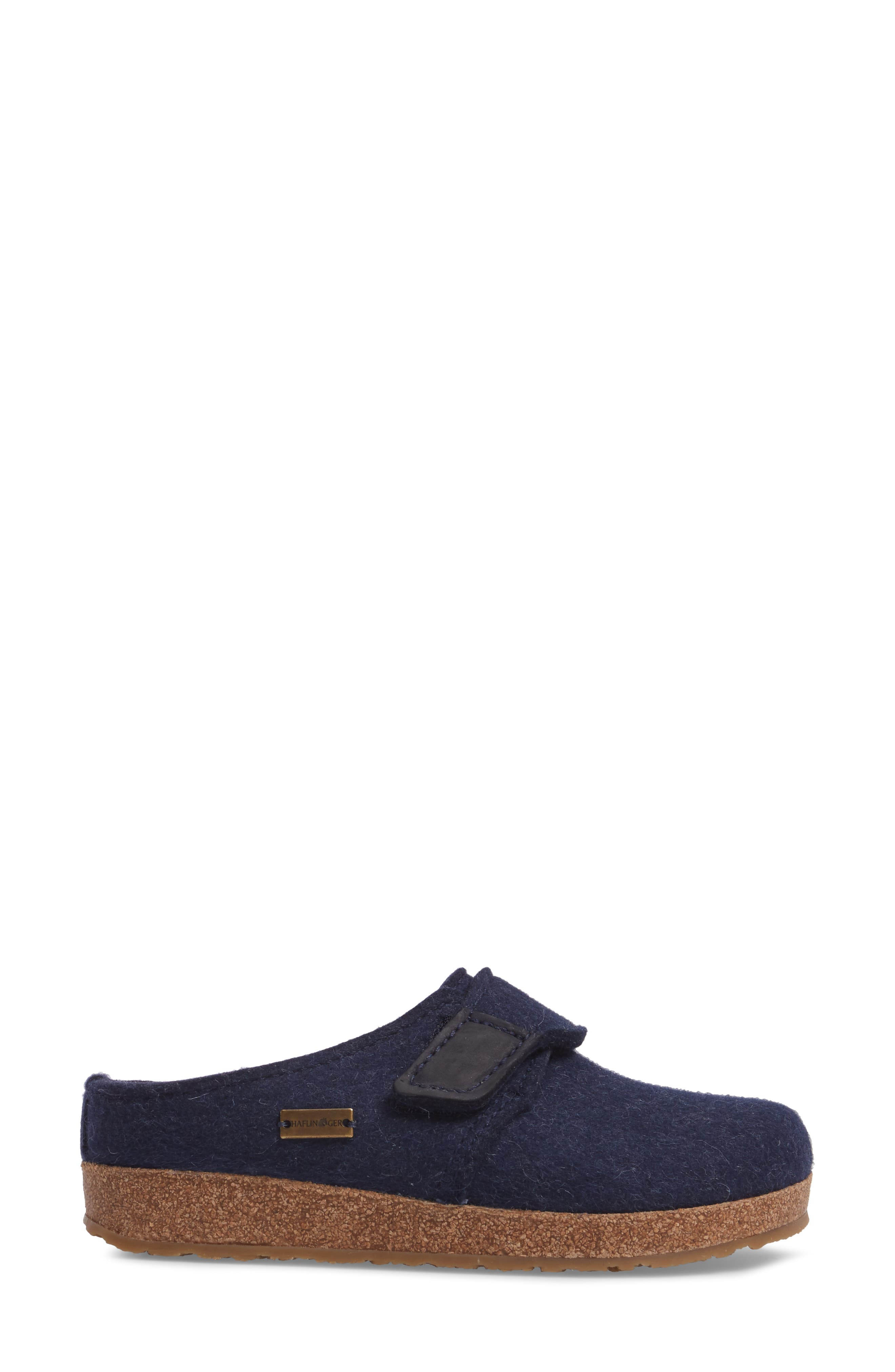 Grizzly Journey Clog Slipper,                             Alternate thumbnail 6, color,