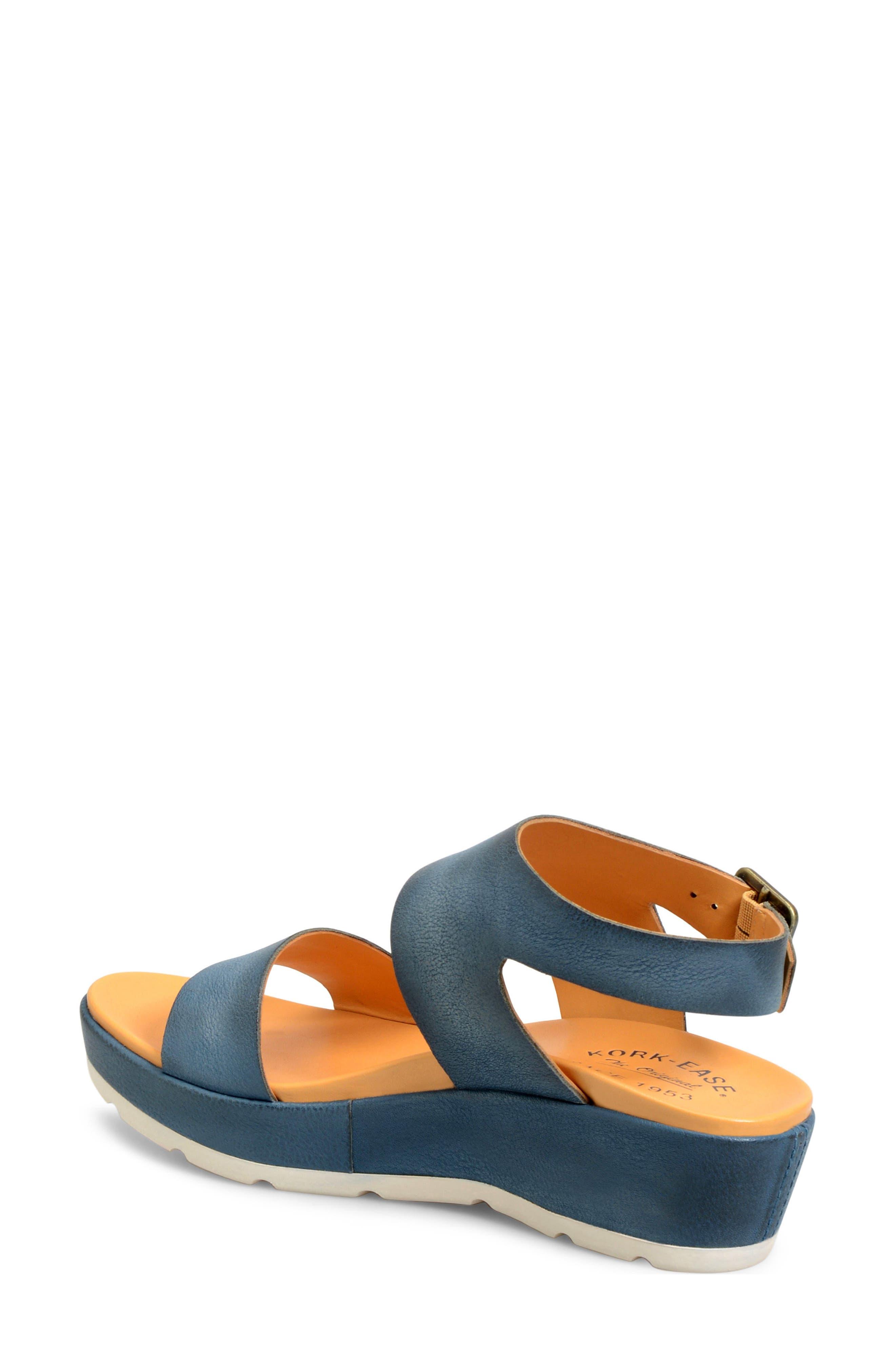 'Khloe' Platform Wedge Sandal,                             Alternate thumbnail 10, color,
