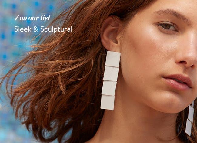 Women's jewelry trends.