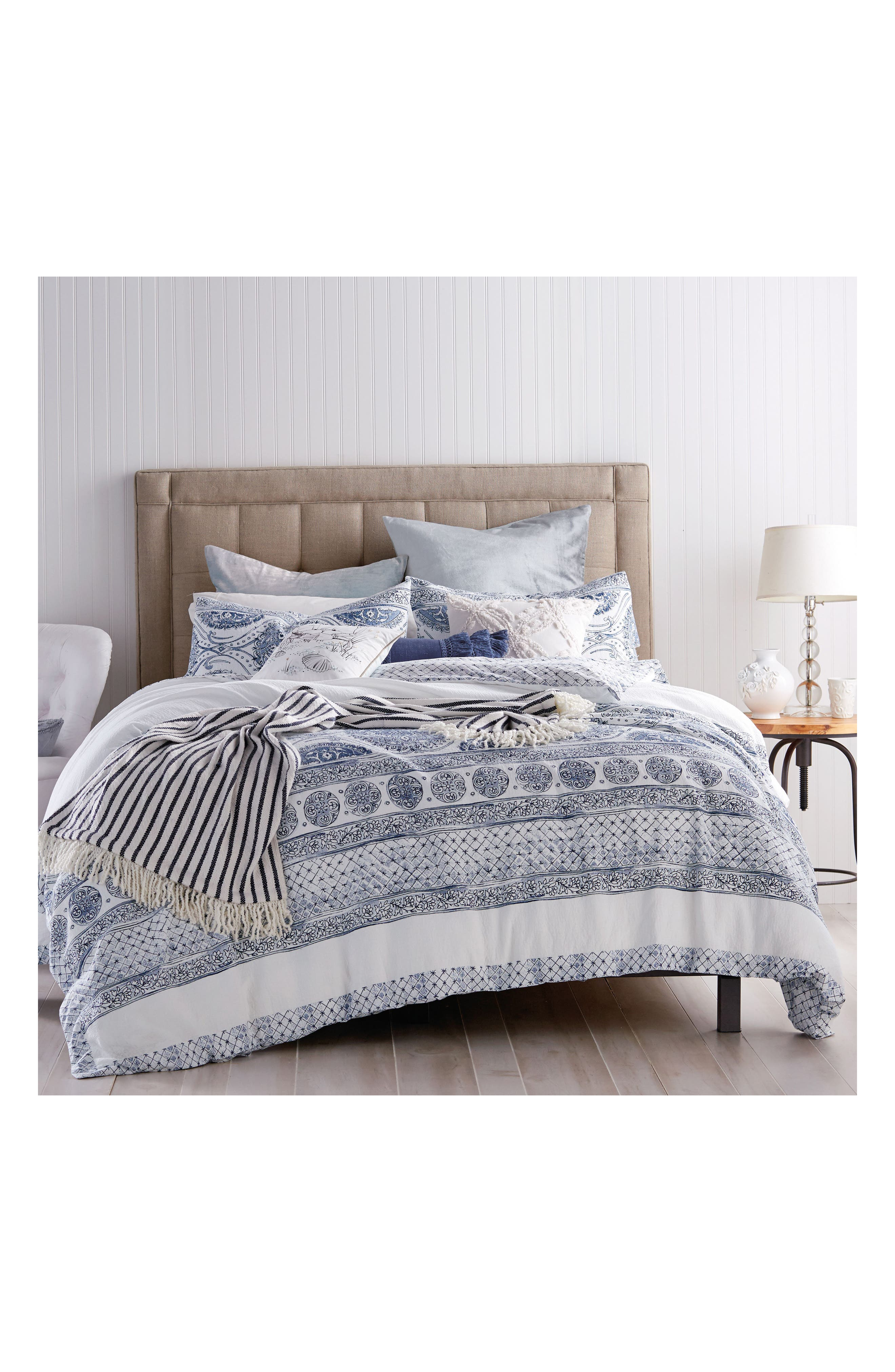 Peri Home Matelasse Medallion Bedding Collection Size FullQueen  Blue