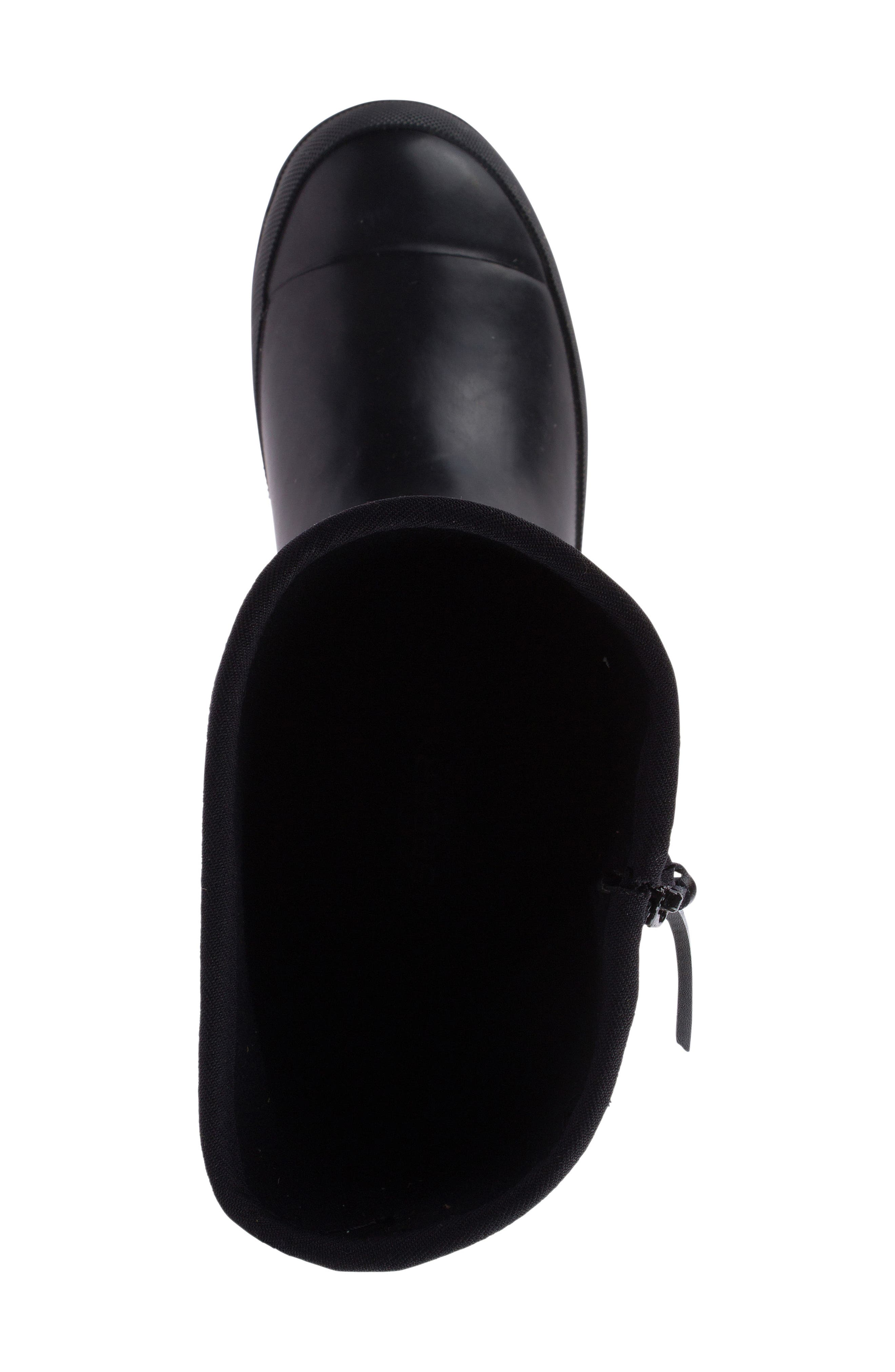 Walker Quilted Rain Boot,                             Alternate thumbnail 4, color,                             001