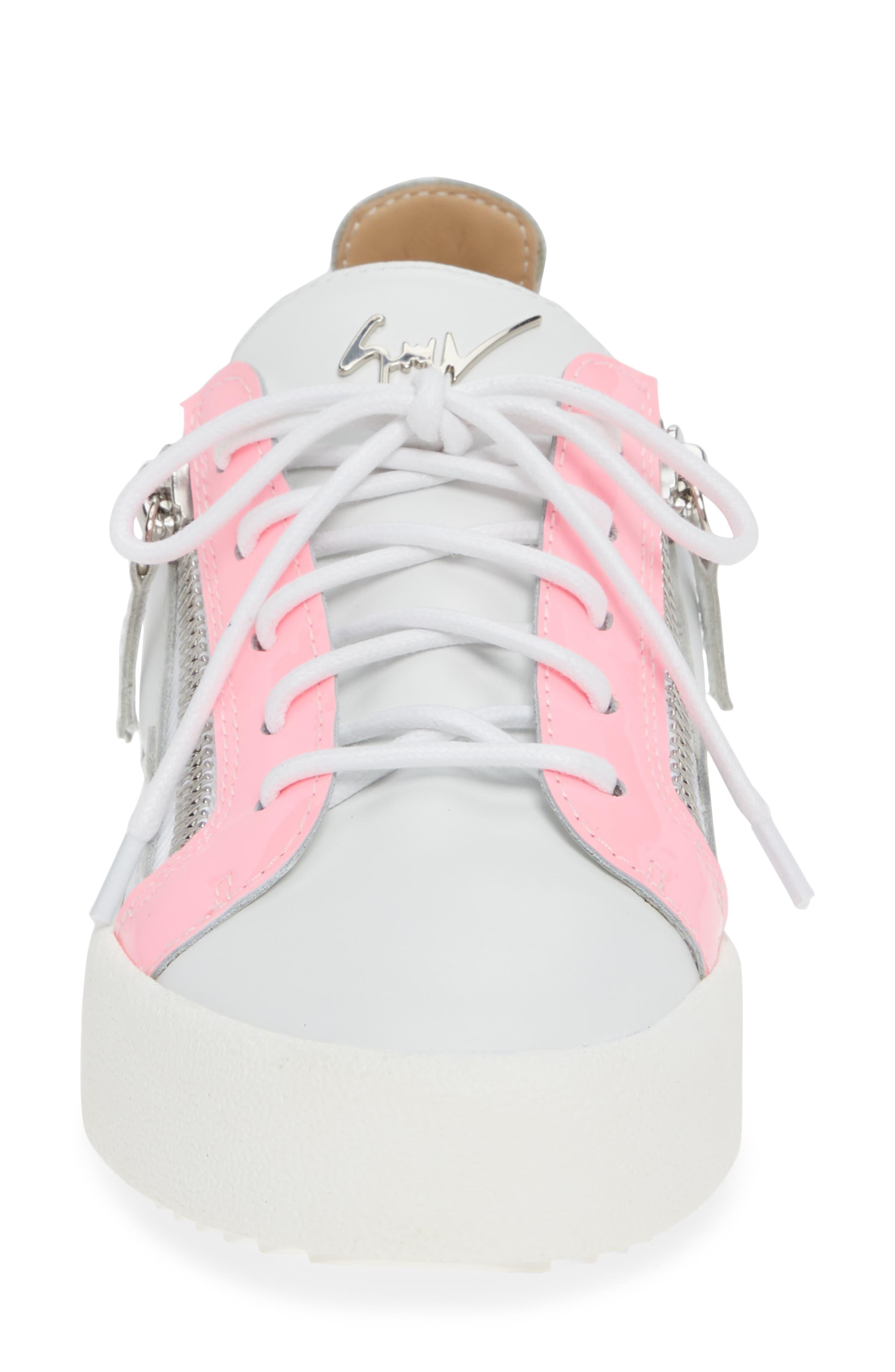 Low Top Sneaker,                             Alternate thumbnail 4, color,                             WHITE/ FUCHSIA