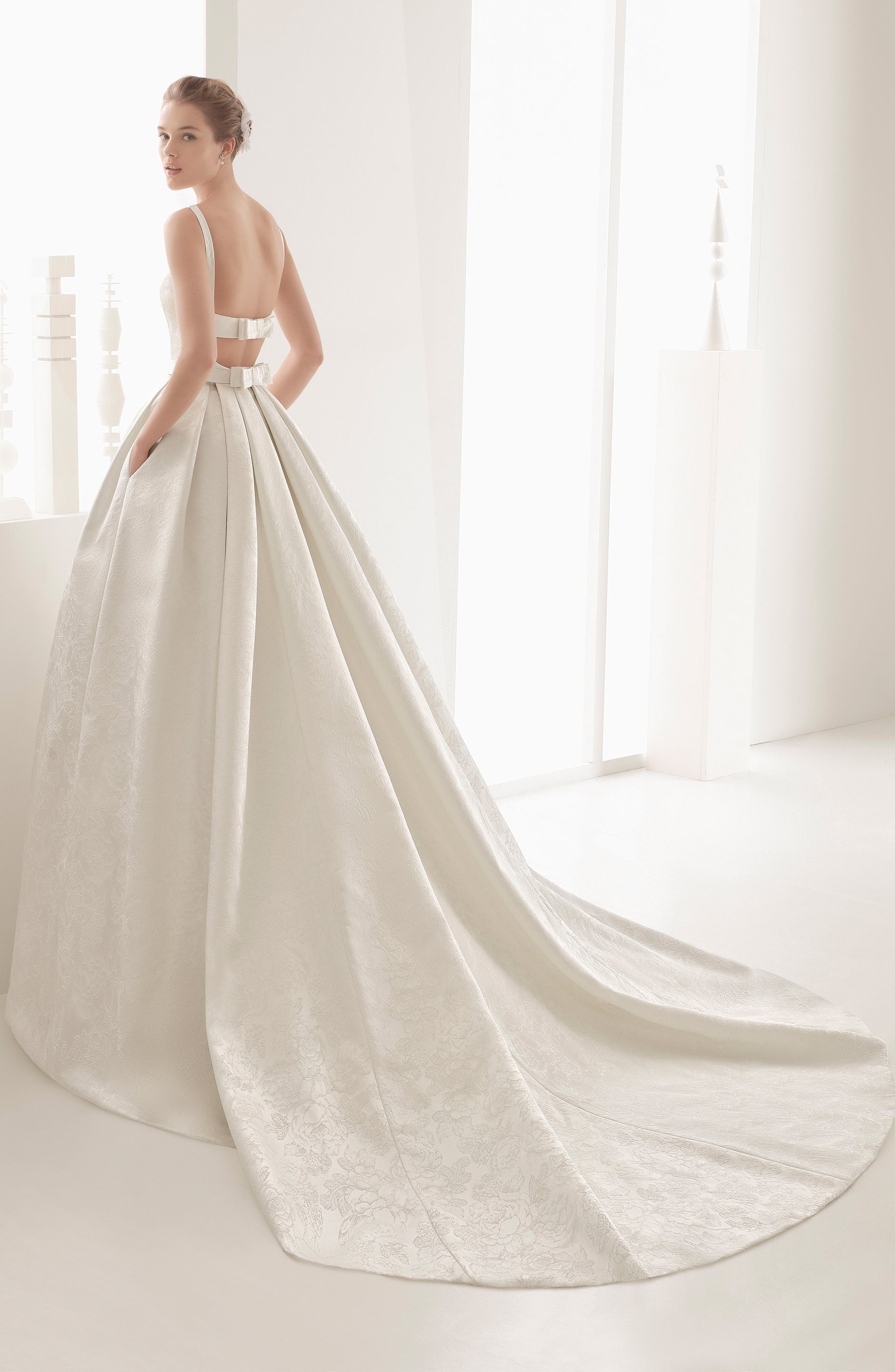 Nazar Floral Brocade Sleeveless Gown,                             Alternate thumbnail 2, color,                             900