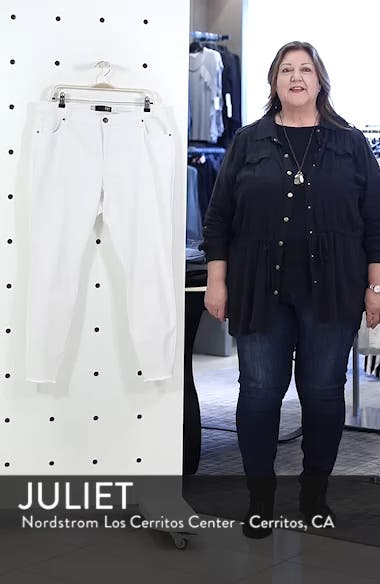 Donna Ankle Frayed Skinny Jeans, sales video thumbnail