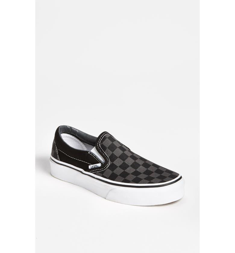 f2698f687edf96 Vans  Classic - Checker  Sneaker (Women)