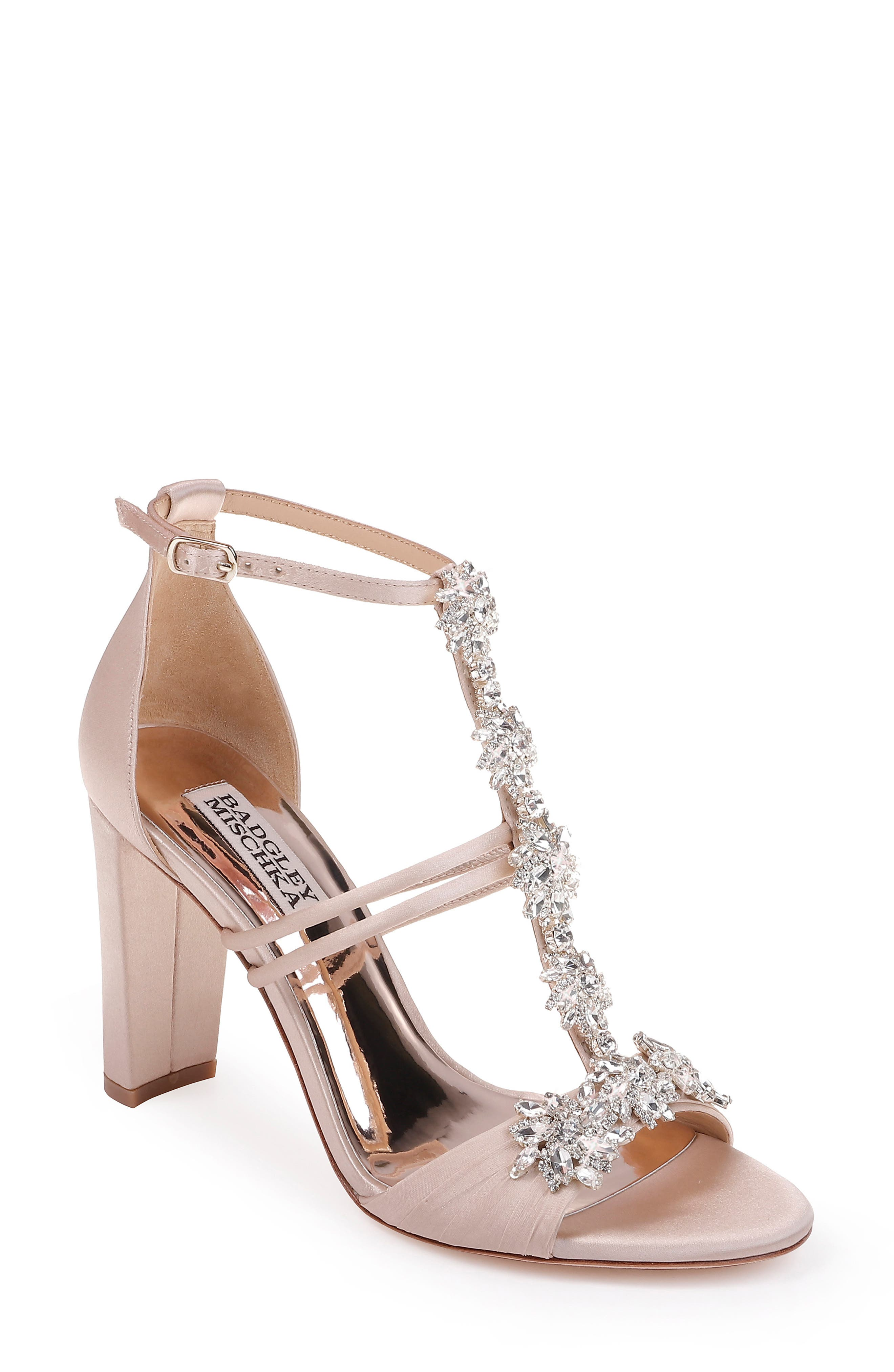 Badgley Mischka Laney Sandal- Ivory