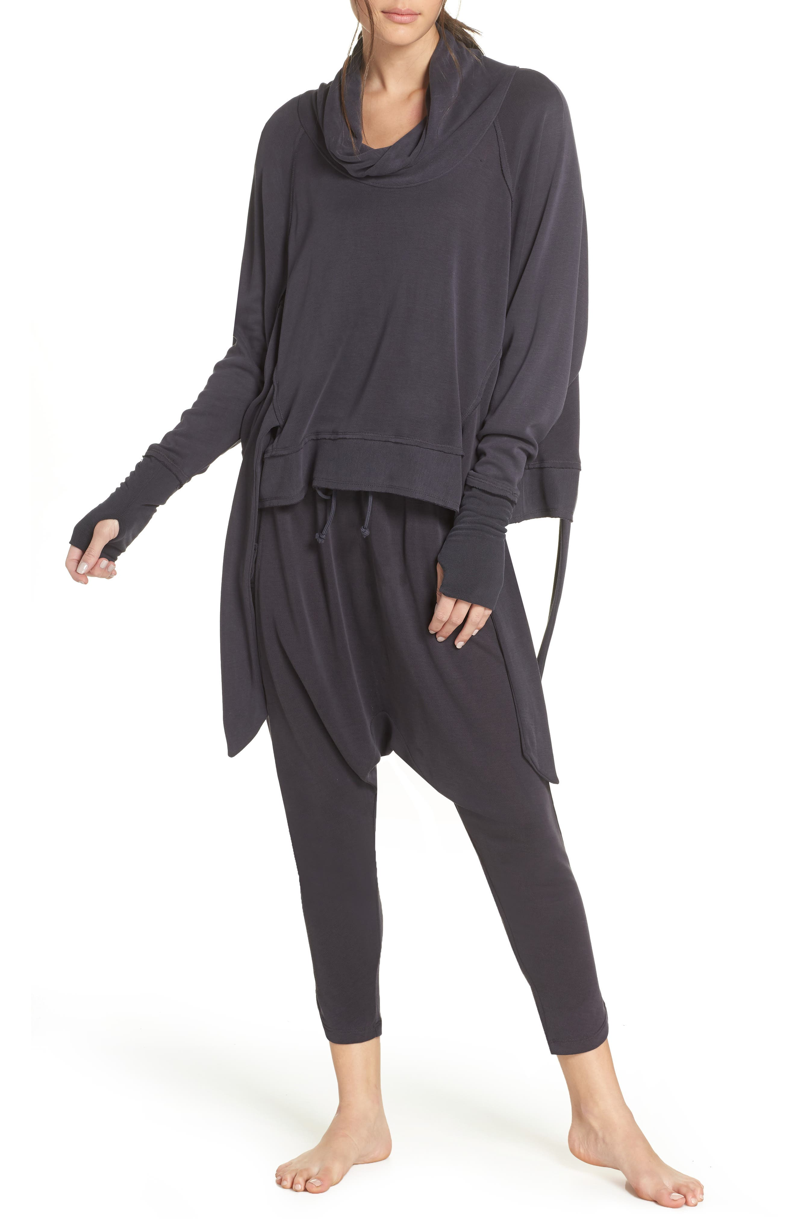 FREE PEOPLE MOVEMENT Free People Fp Movement Sweet Flow Pullover Sweater in Black