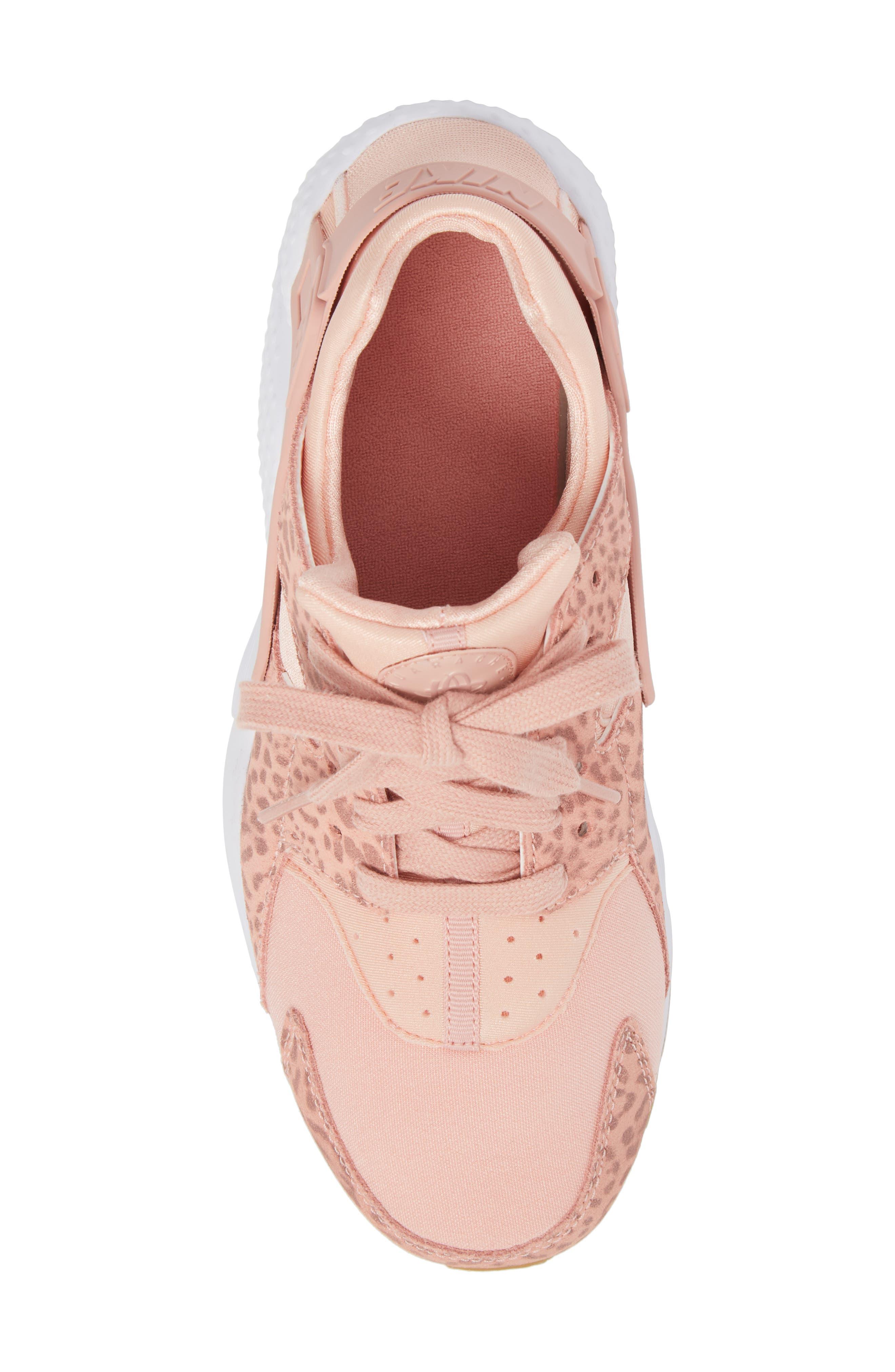 Huarache Run SE Sneaker,                             Alternate thumbnail 27, color,