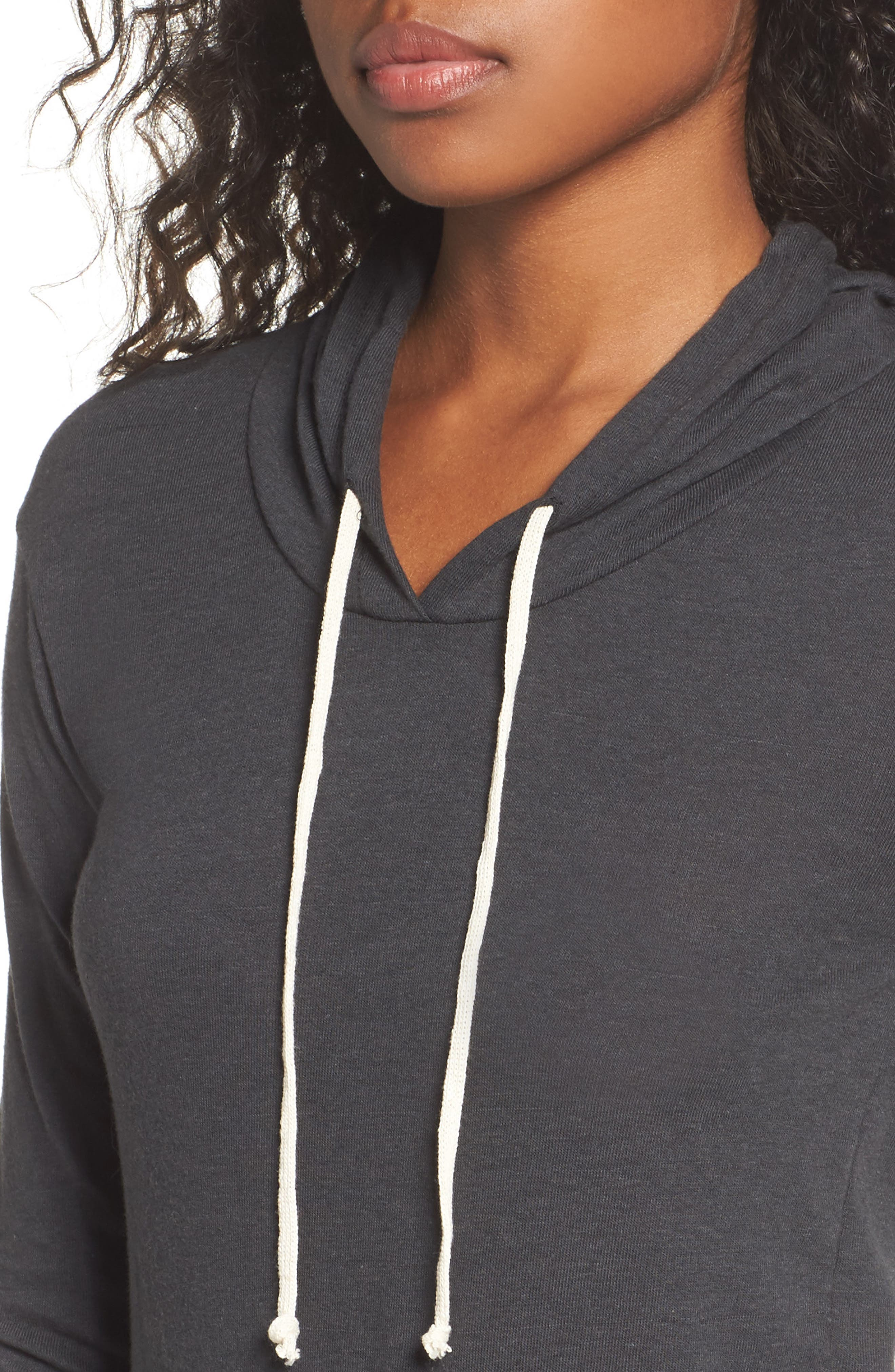 Classic Pullover Hoodie,                             Alternate thumbnail 4, color,                             001