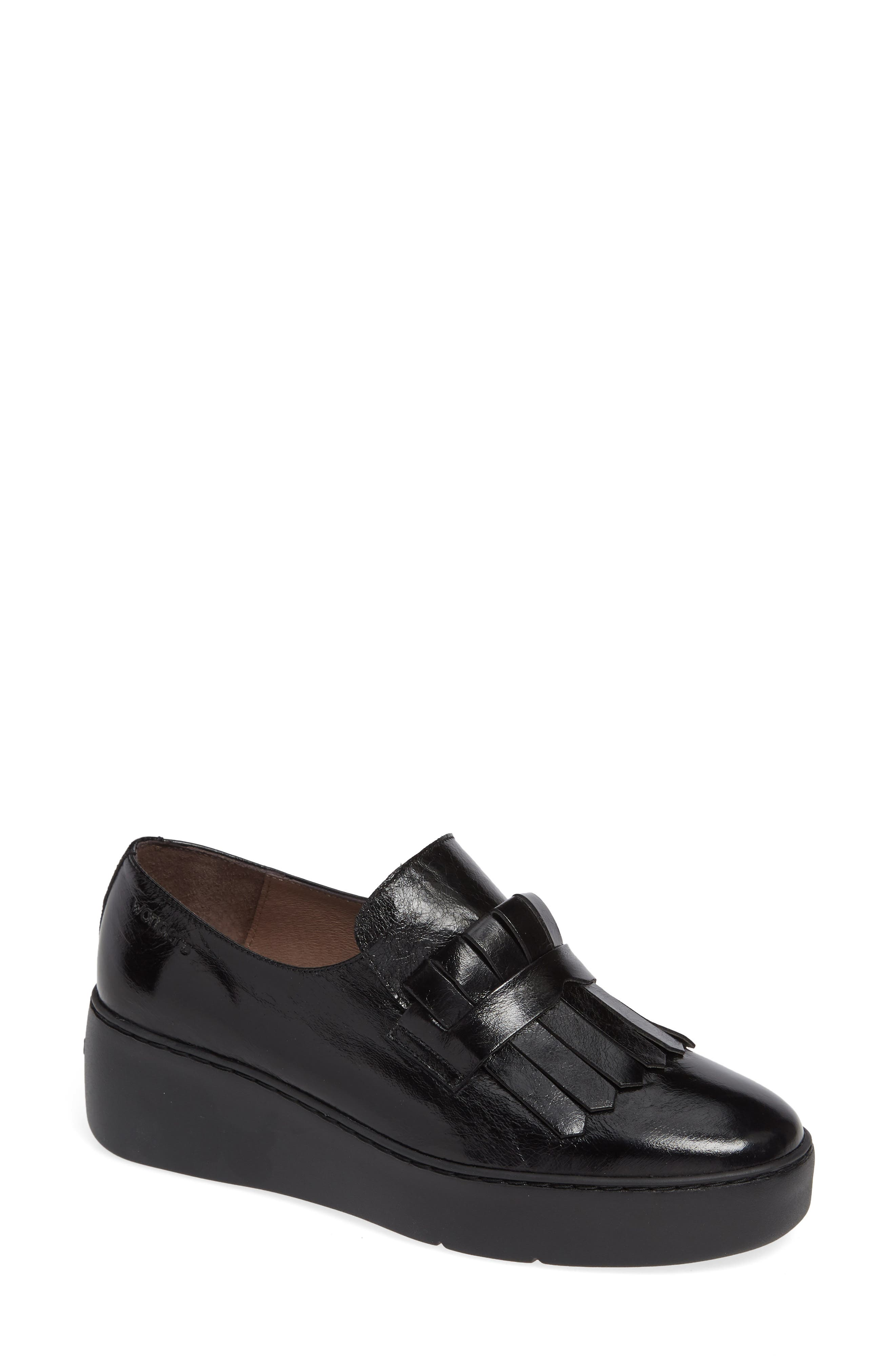 Wonders Kiltie Platform Loafer - Black