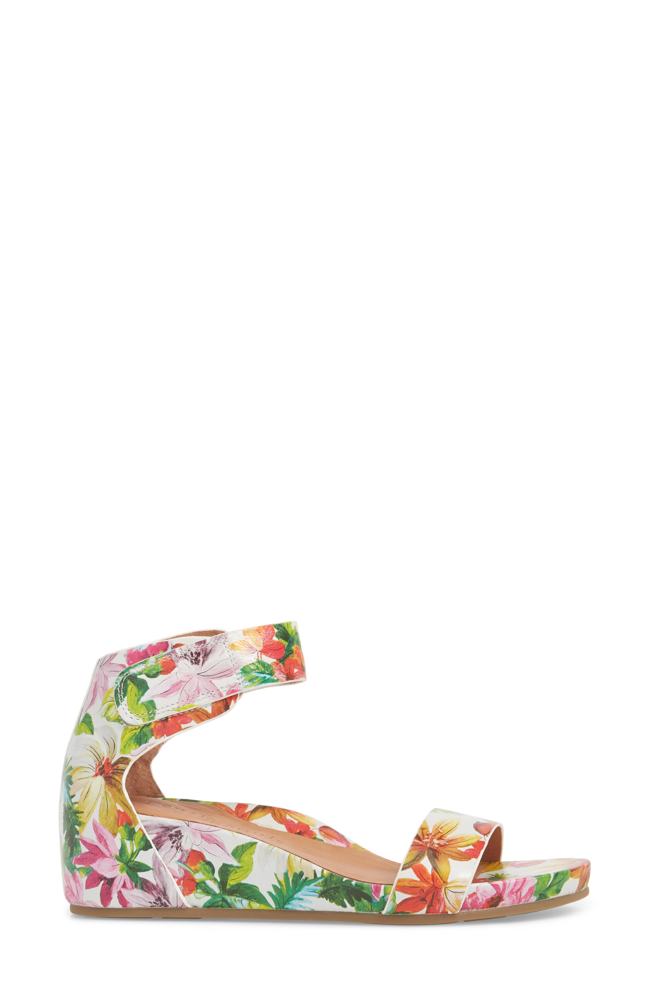 Gentle Souls by Kenneth Cole Gianna Wedge Sandal,                             Alternate thumbnail 3, color,                             PALM PRINTED LEATHER