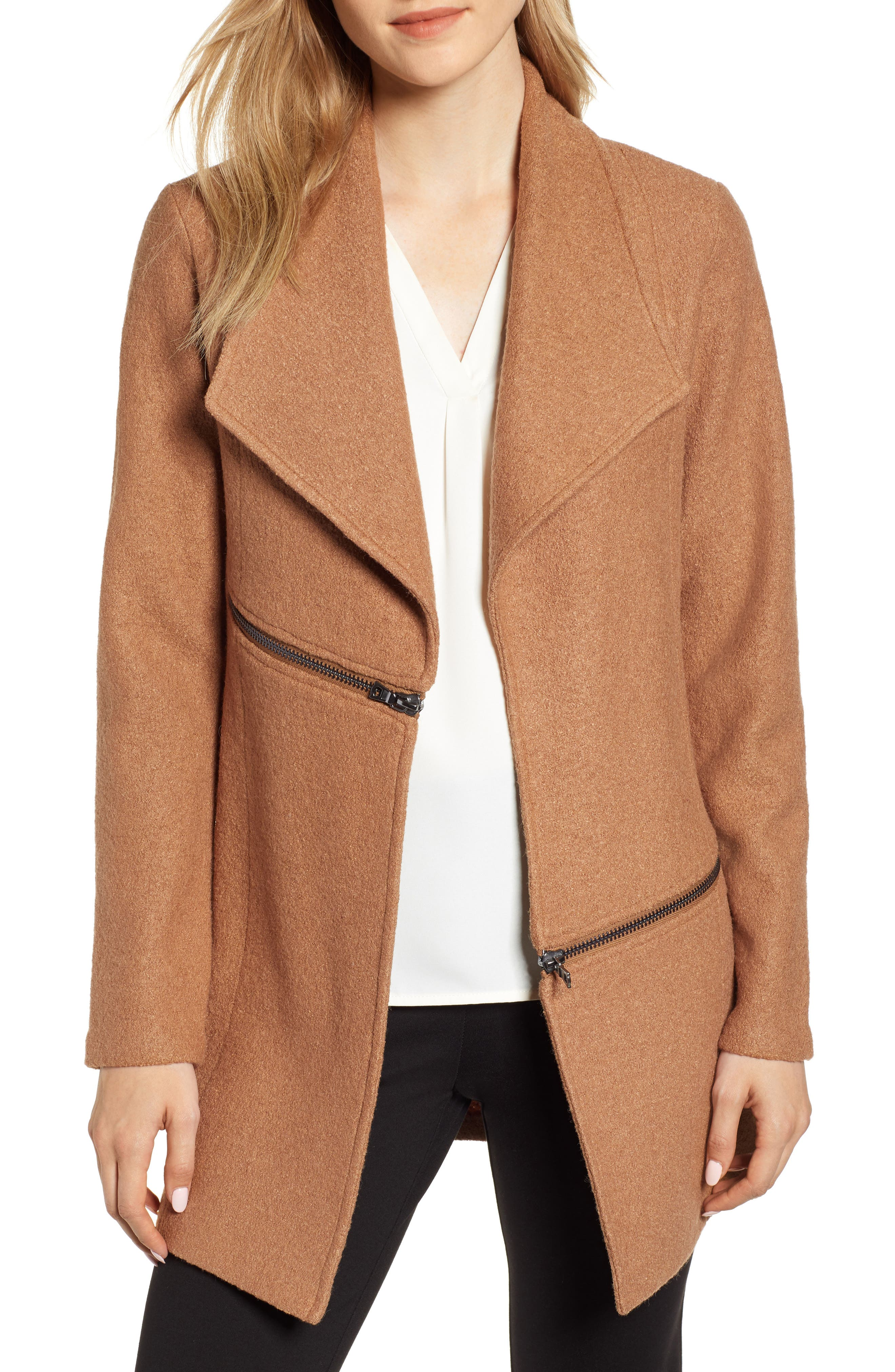 ANNE KLEIN Wing Collar Zip Detail Wool Blend Jacket in Vicuna