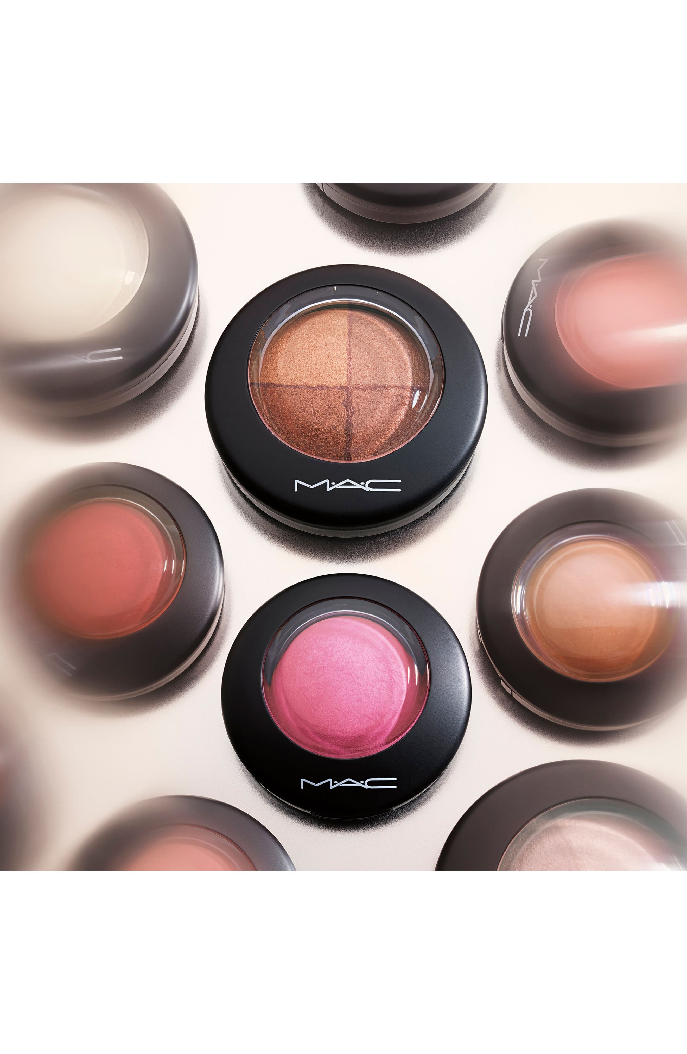 MAC Mineralize Blush,                             Alternate thumbnail 5, color,                             HUMOUR ME