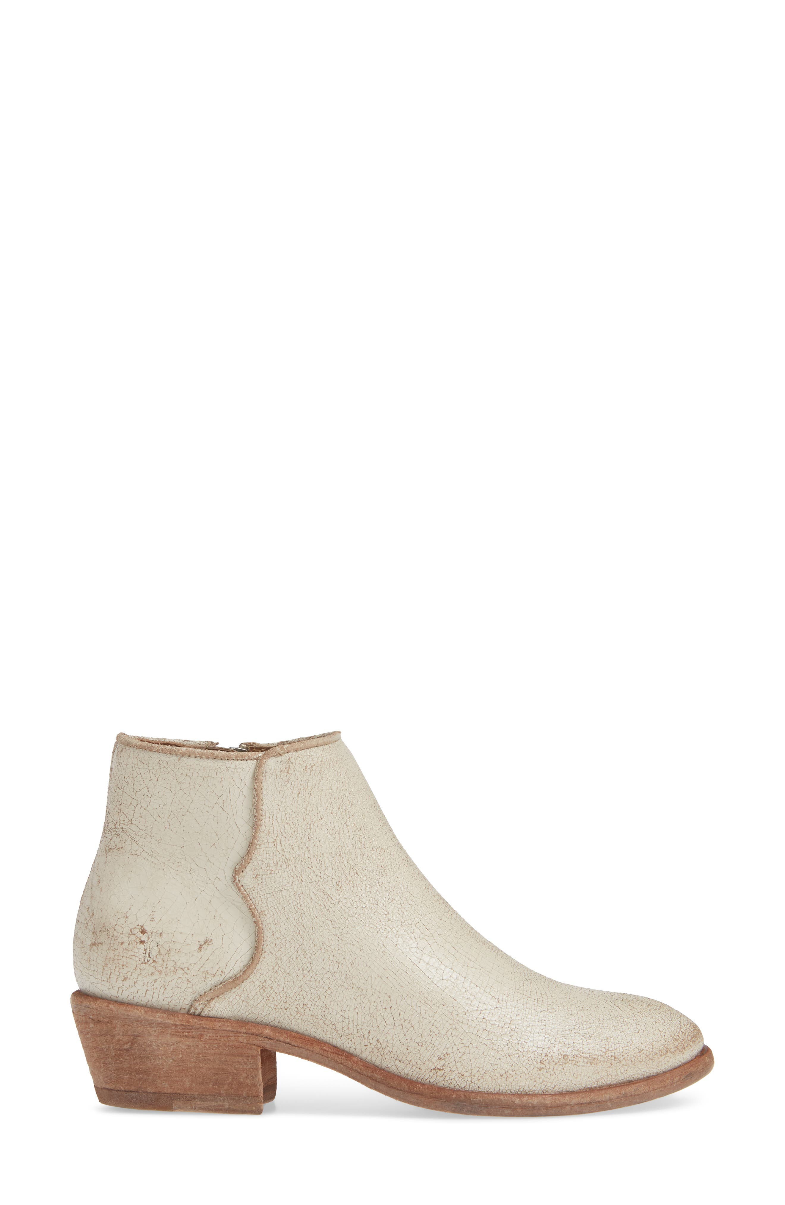 Carson Piping Bootie,                             Alternate thumbnail 3, color,                             900
