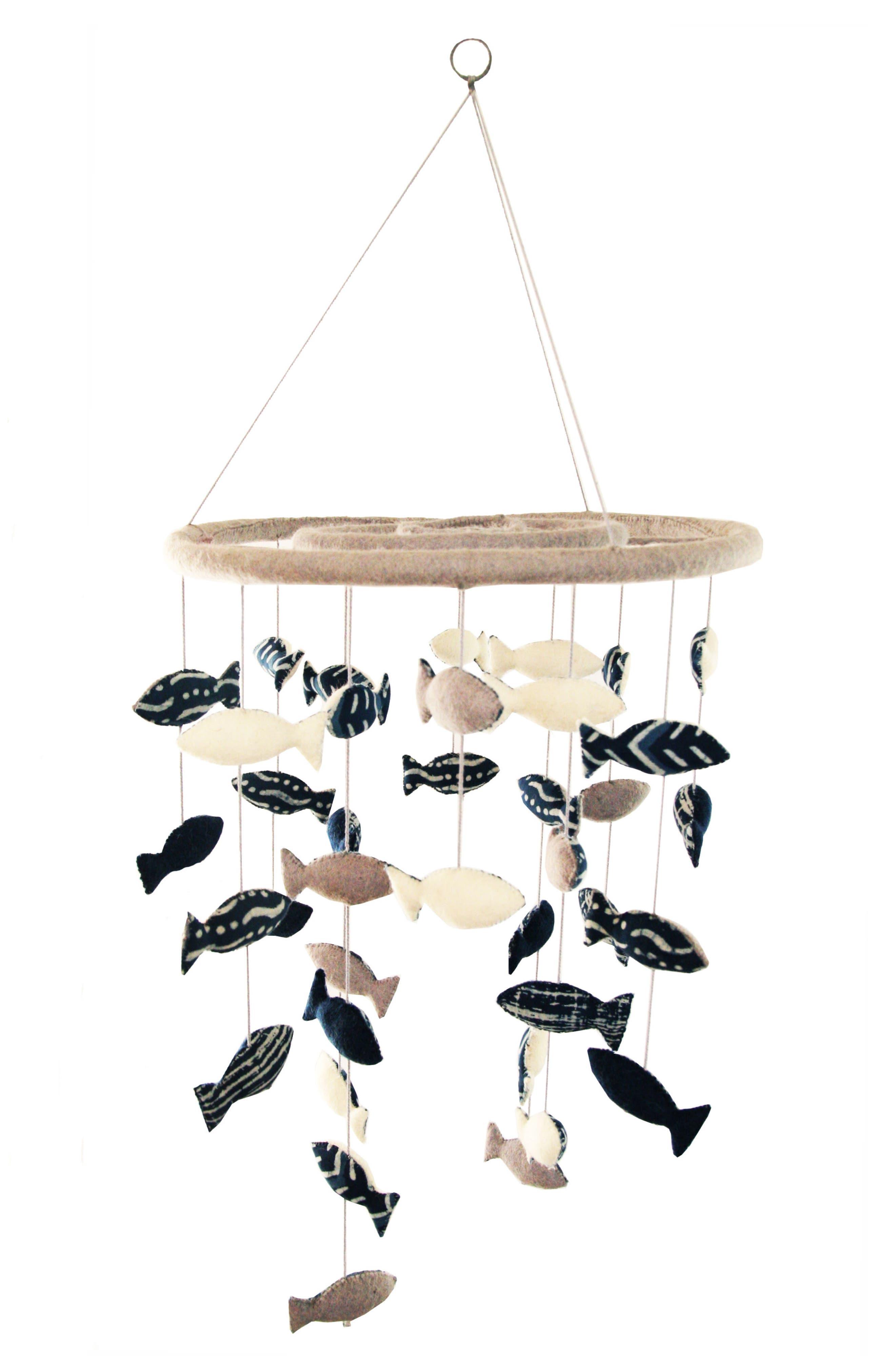 School of Fish Mobile,                         Main,                         color, BLUE