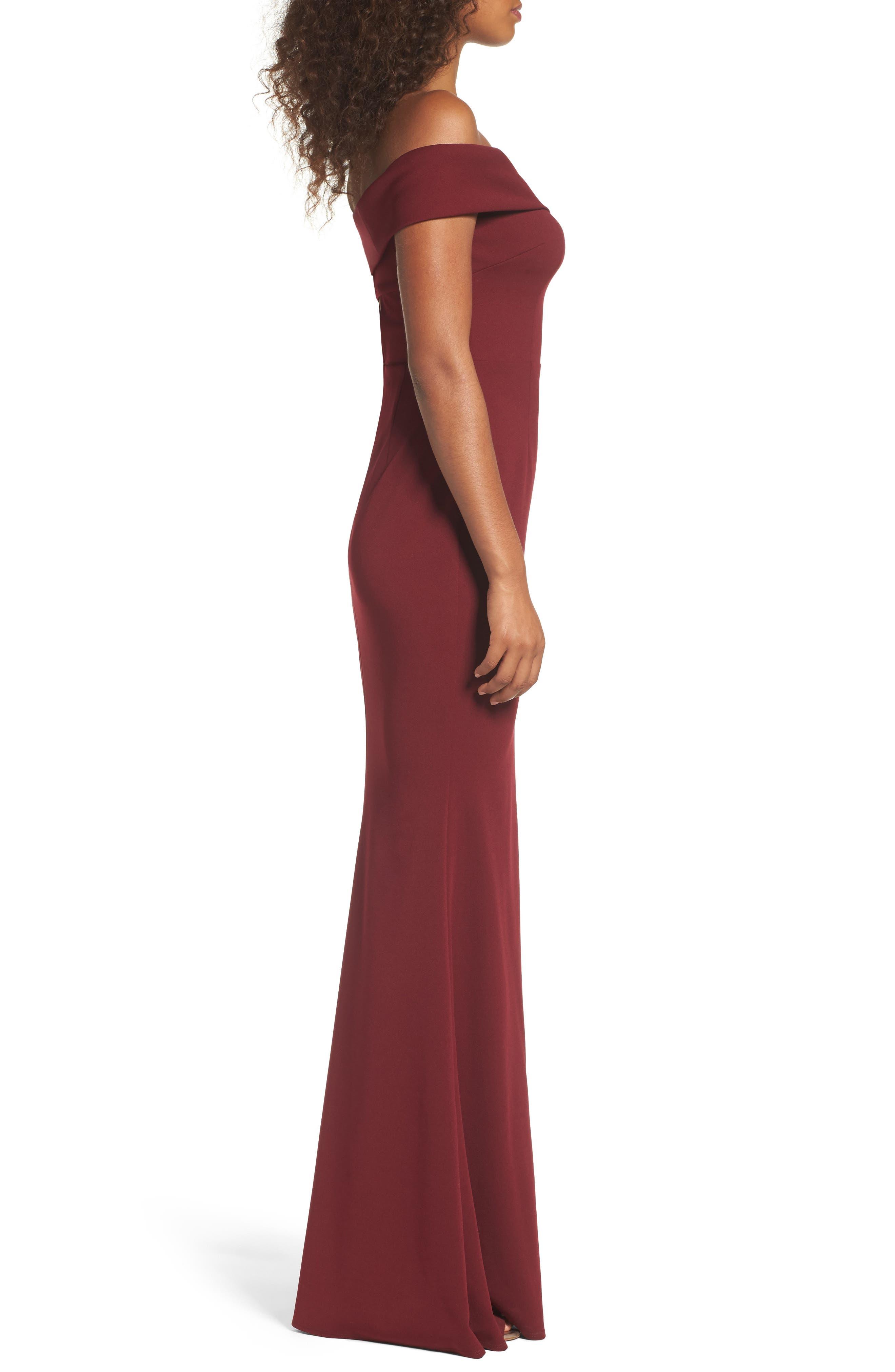 Legacy Crepe Body-Con Gown,                             Alternate thumbnail 3, color,                             BORDEAUX