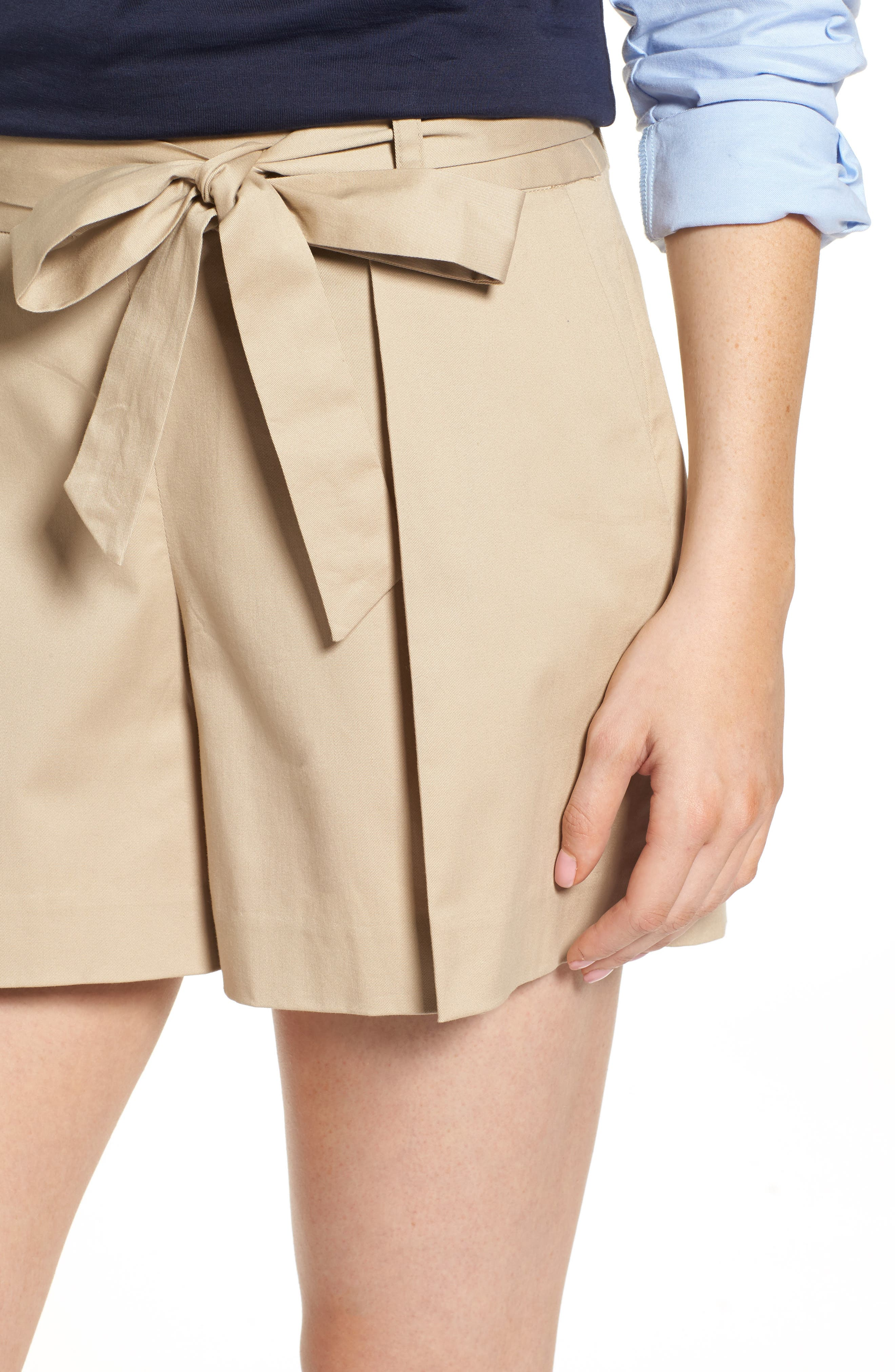Pleated Twill Bow Front Shorts,                             Alternate thumbnail 4, color,                             235