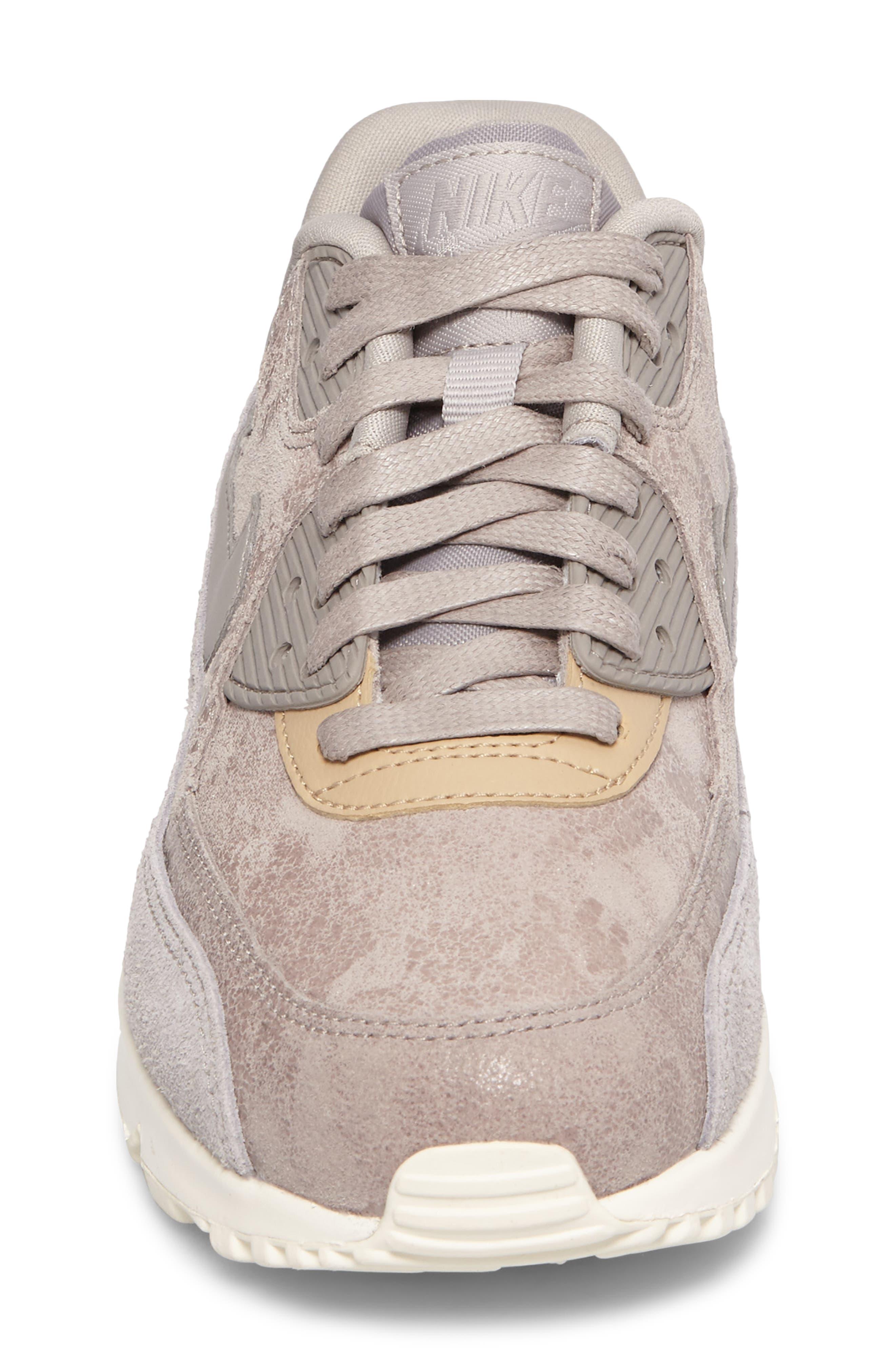 Air Max 90 Premium Sneaker,                             Alternate thumbnail 4, color,                             020