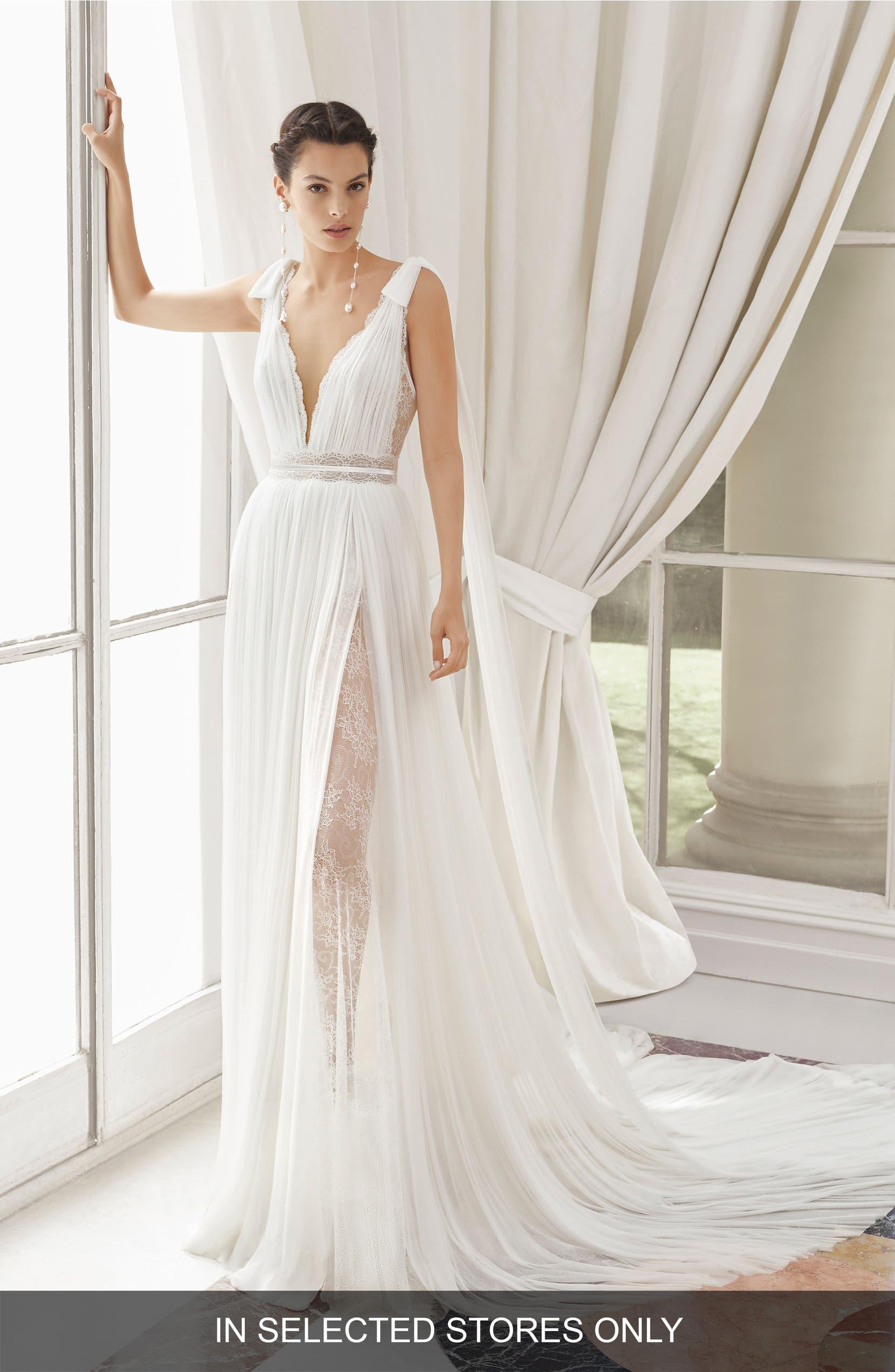 Rosa Clará Couture Med Lace   Silk Blend Muslin Gown  d618a7cf154c