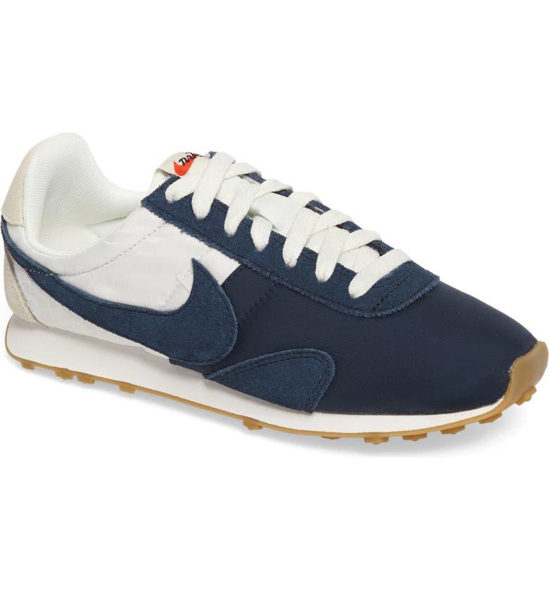 3403b1aac22792 Nike Pre Montreal Racer Vintage Sneaker (Women)