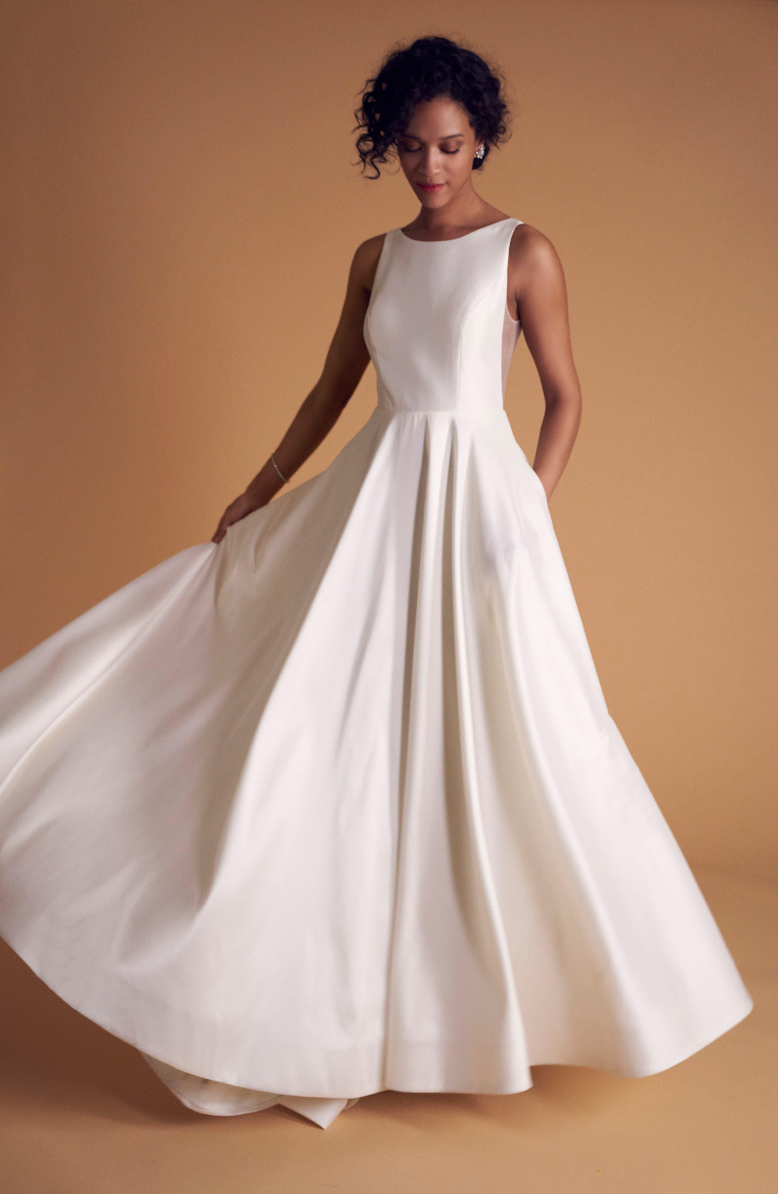 Ashton Plunge Back A-Line Gown,                             Alternate thumbnail 4, color,                             IVORY