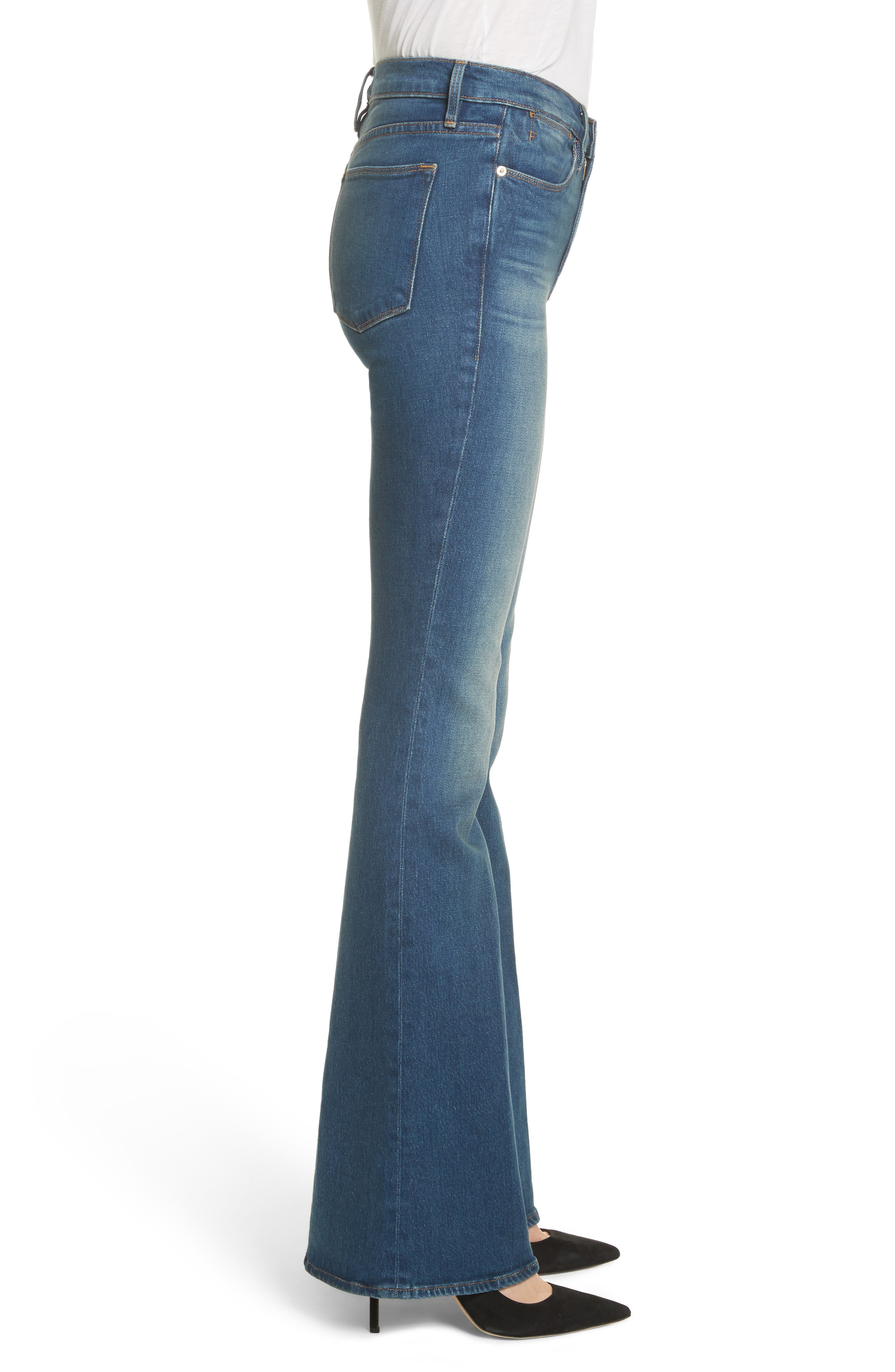 Le High Flare Jeans,                             Alternate thumbnail 3, color,                             401