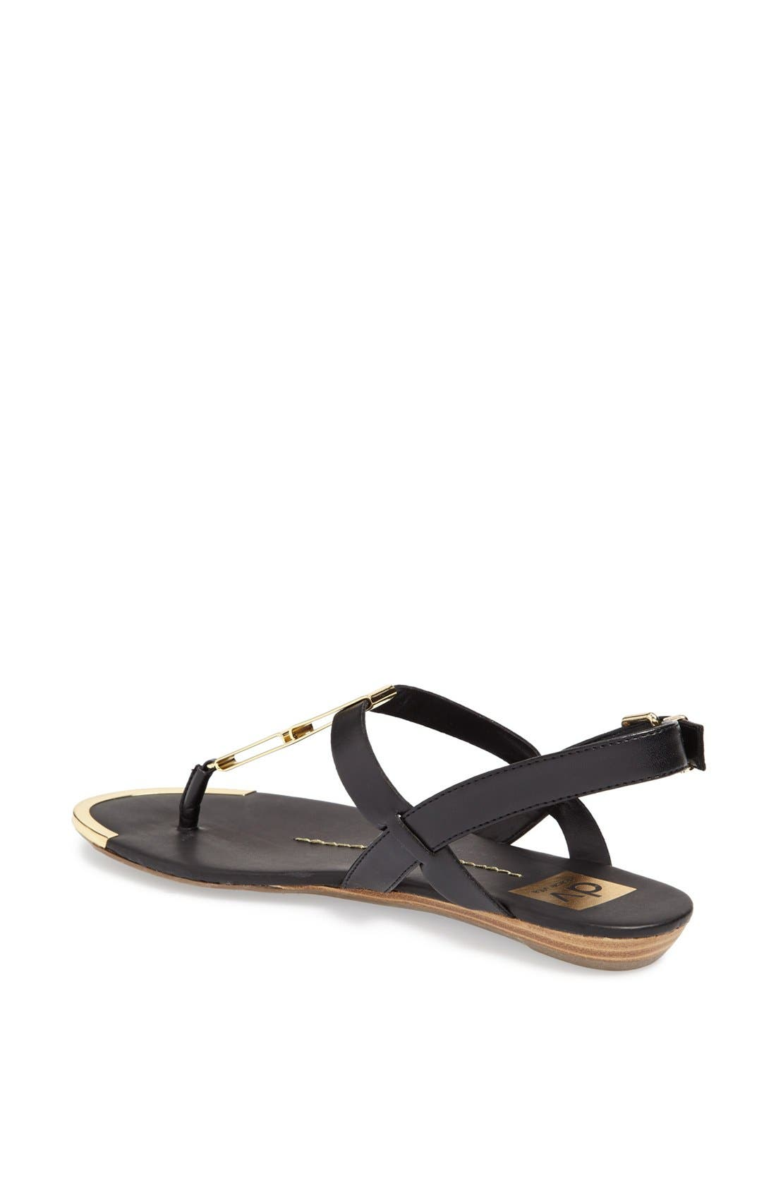 DV by Dolce Vita 'Abley' Thong Sandal,                             Alternate thumbnail 4, color,                             001
