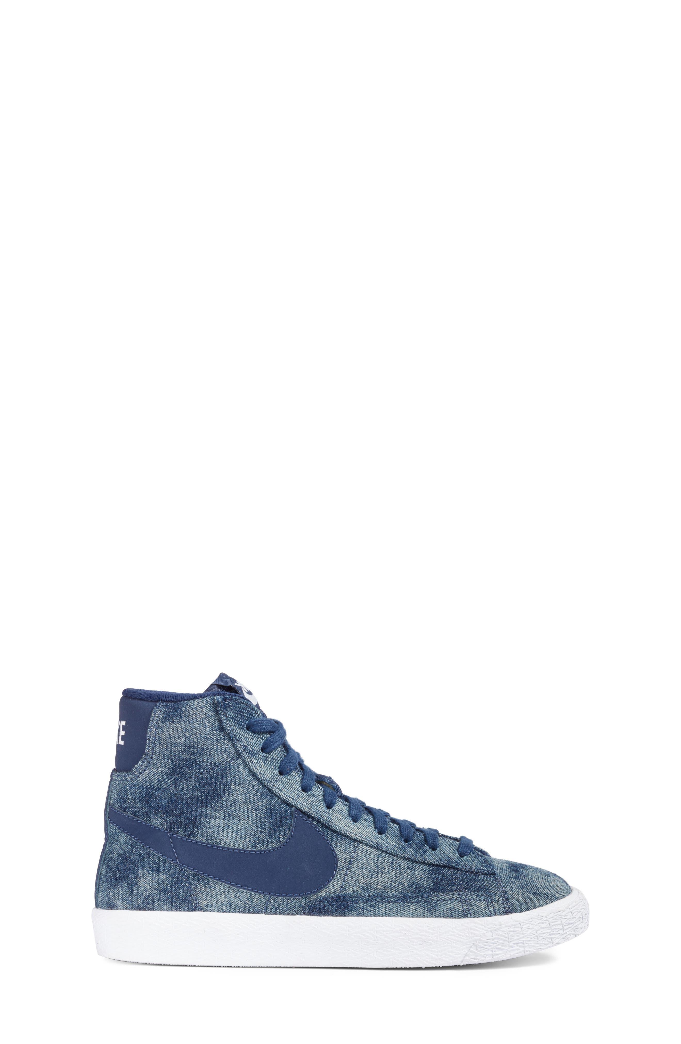Blazer Mid SE High Top Sneaker,                             Alternate thumbnail 9, color,