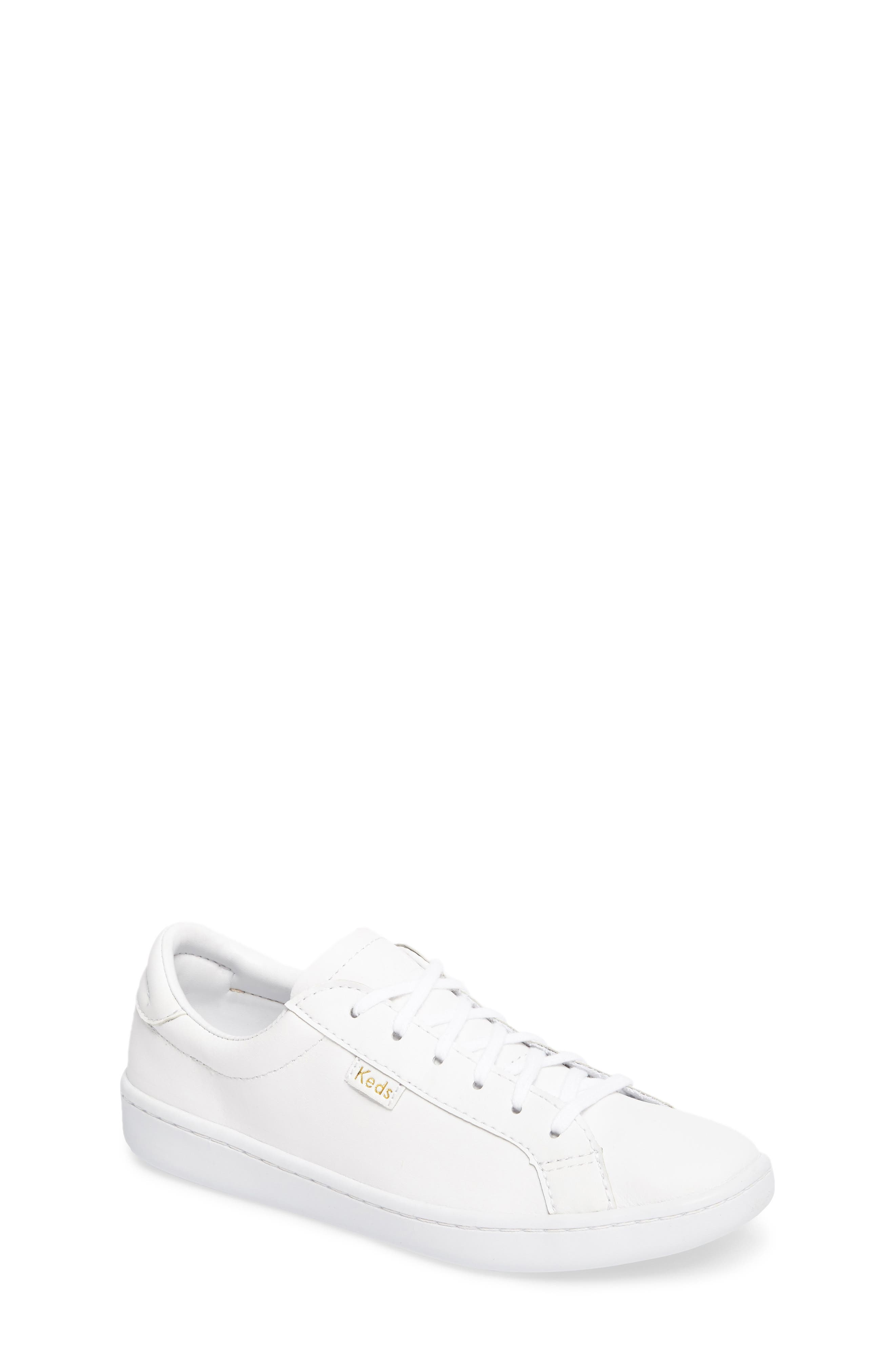 Ace Low Top Sneaker,                         Main,                         color, 100