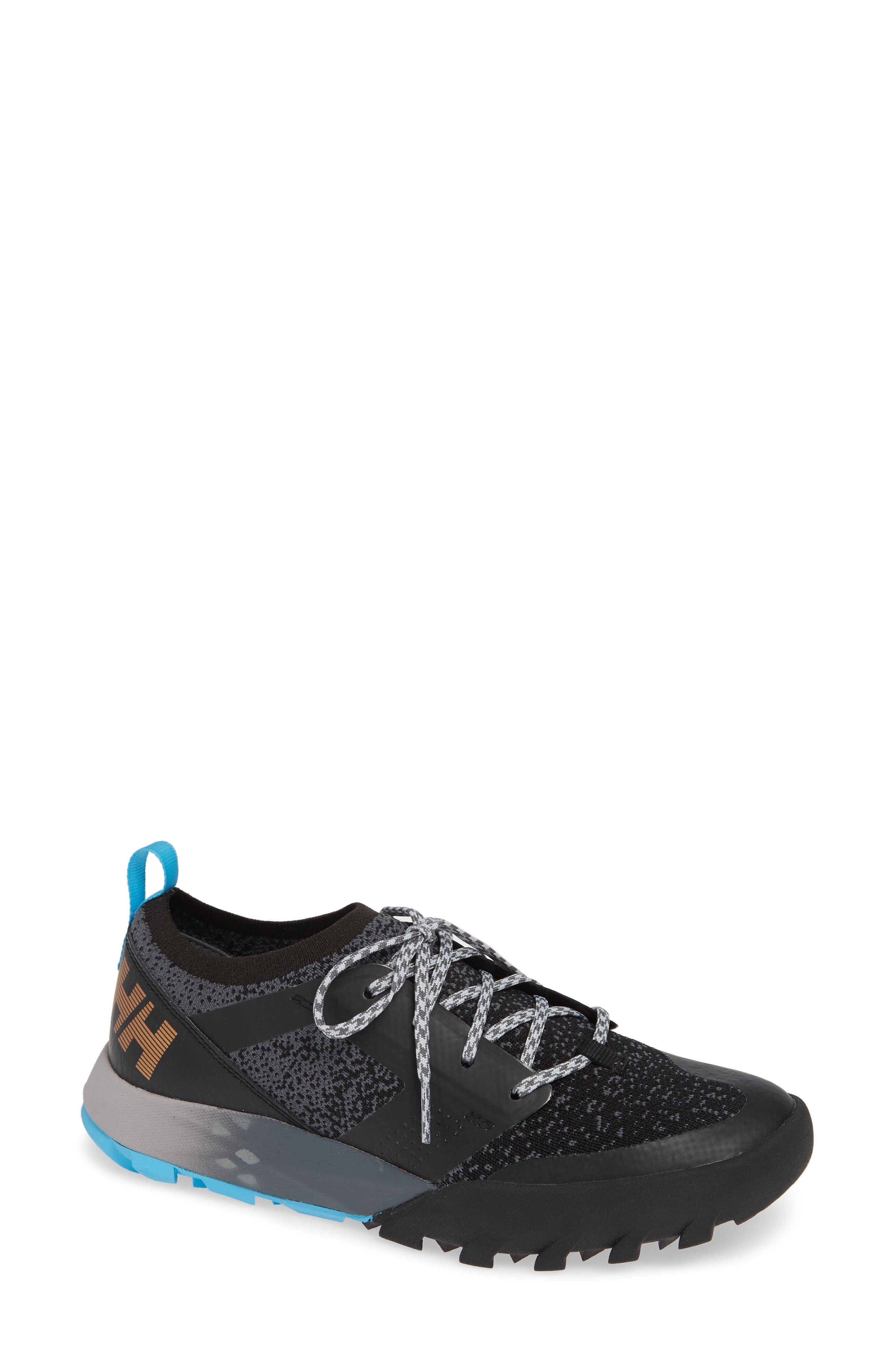 Loke Dash Trail Sneaker in Black/ Charcoal/ Silver