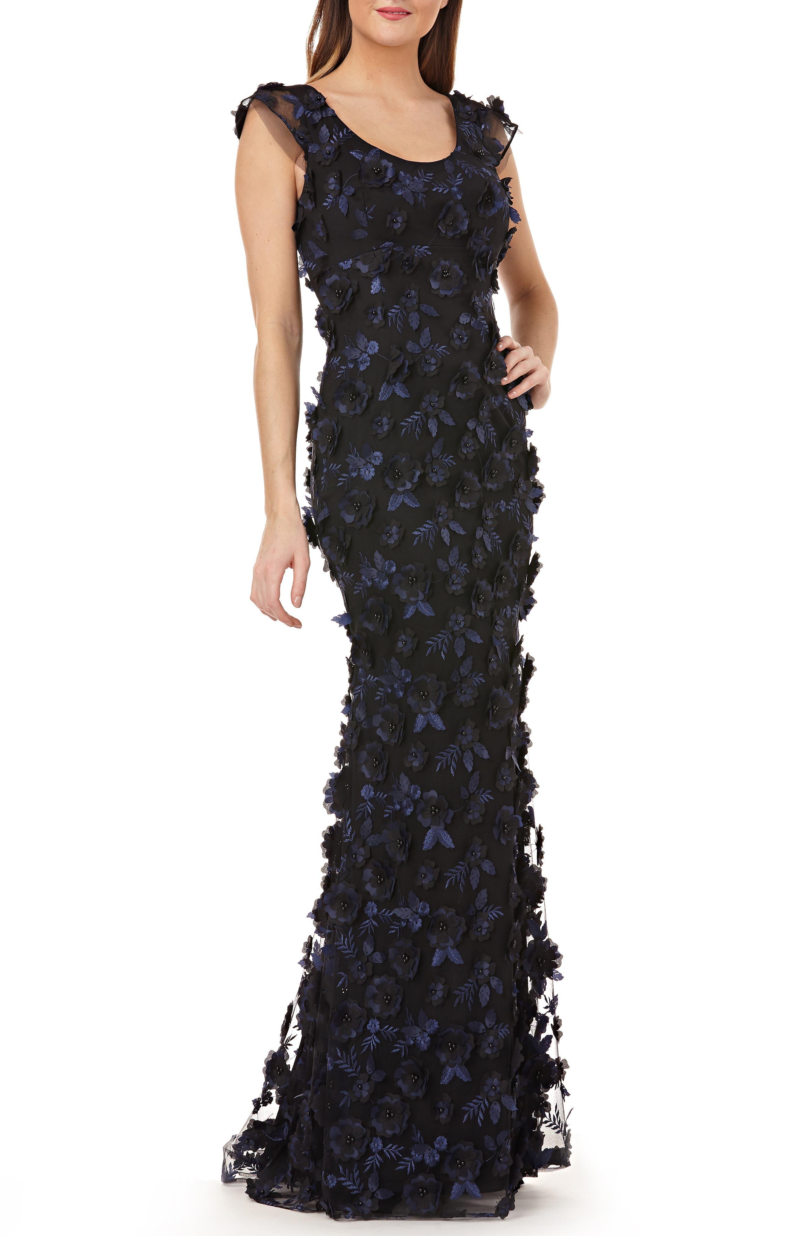 Carmen Marc Valvo Infusion 3-D Floral Evening Dress, Blue