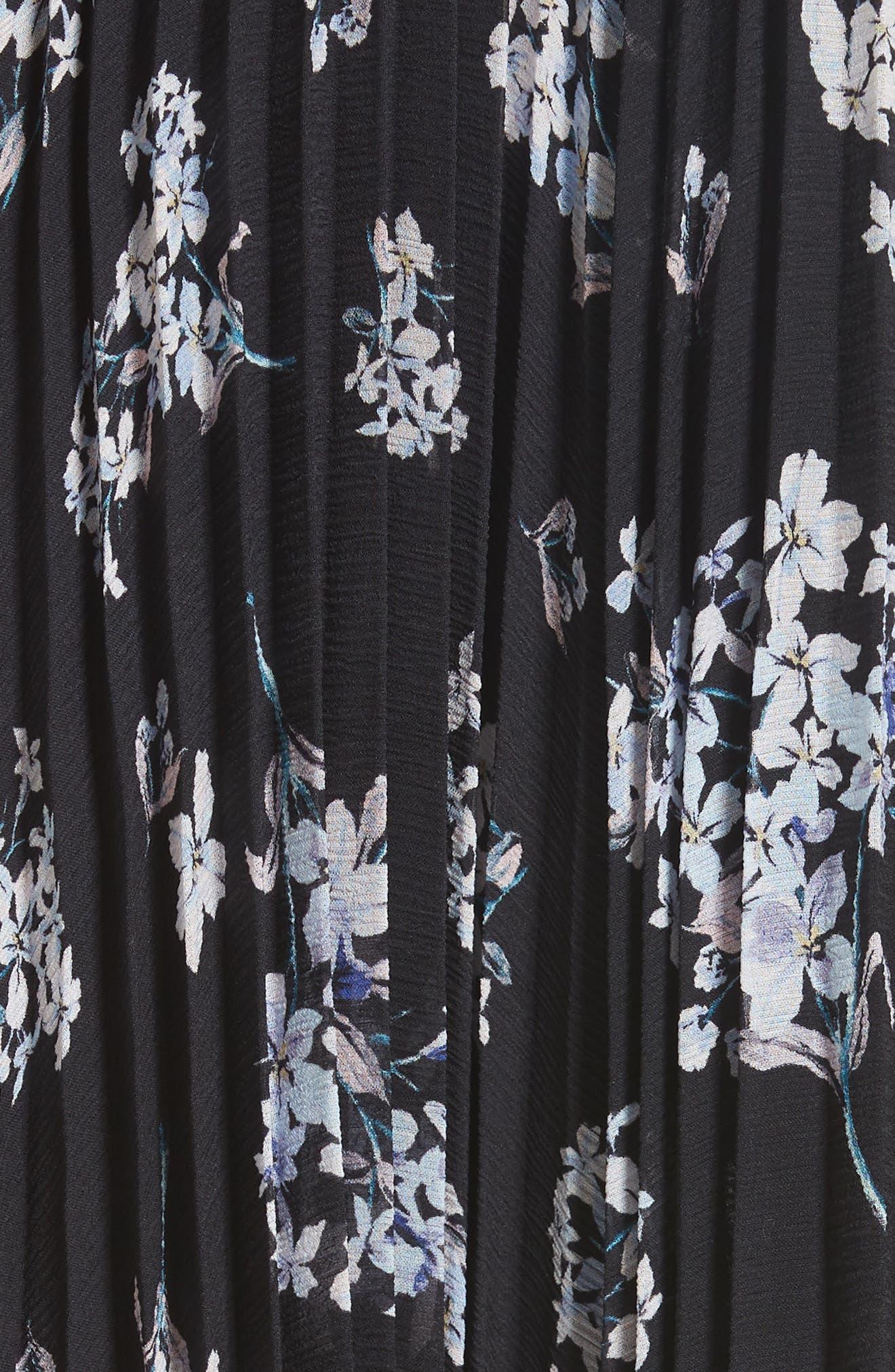 Pleated Hydrangea Skirt,                             Alternate thumbnail 5, color,                             BLACK COMBO