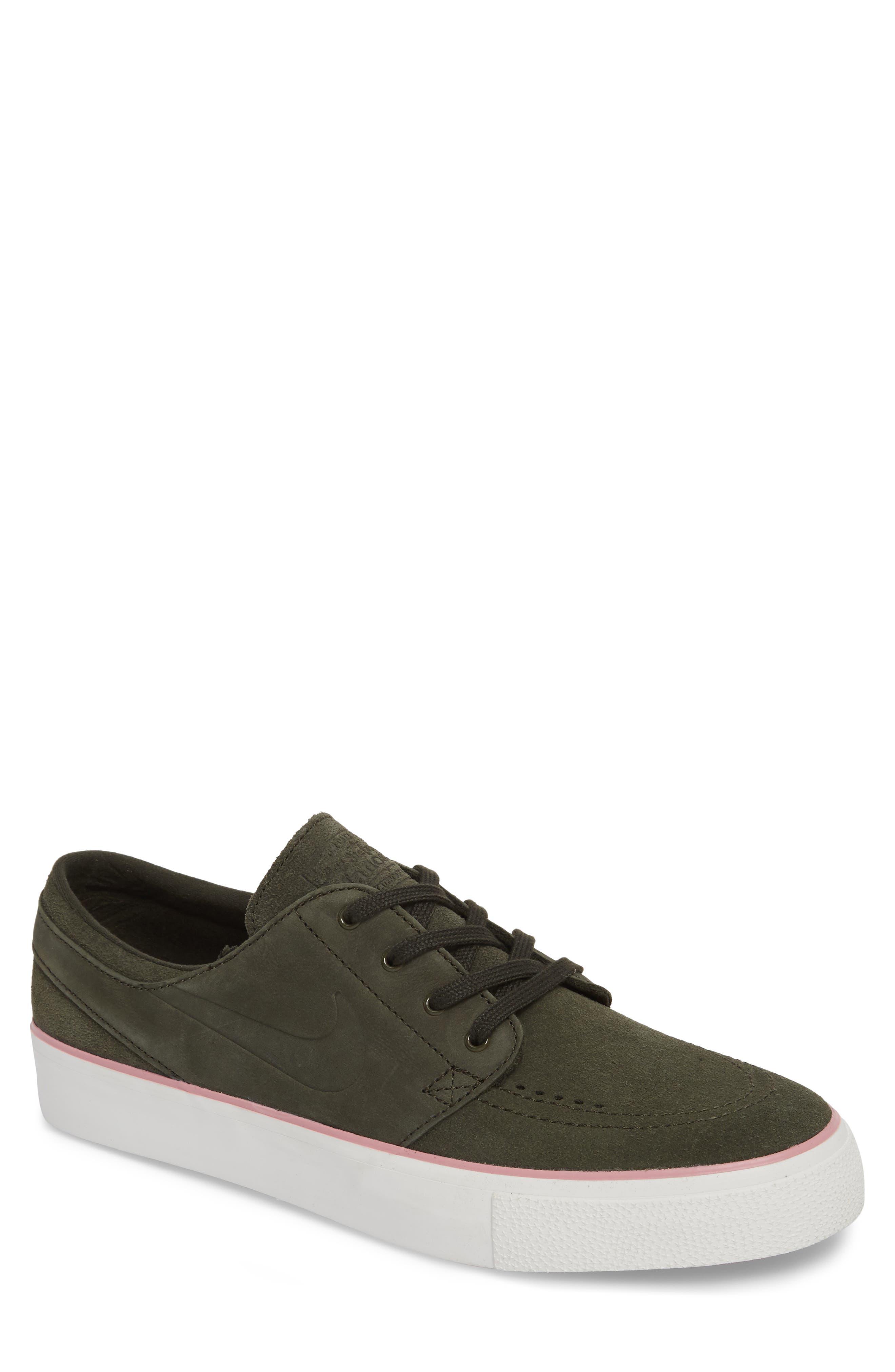 Zoom - Stefan Janoski SB Low Top Sneaker,                         Main,                         color, 300