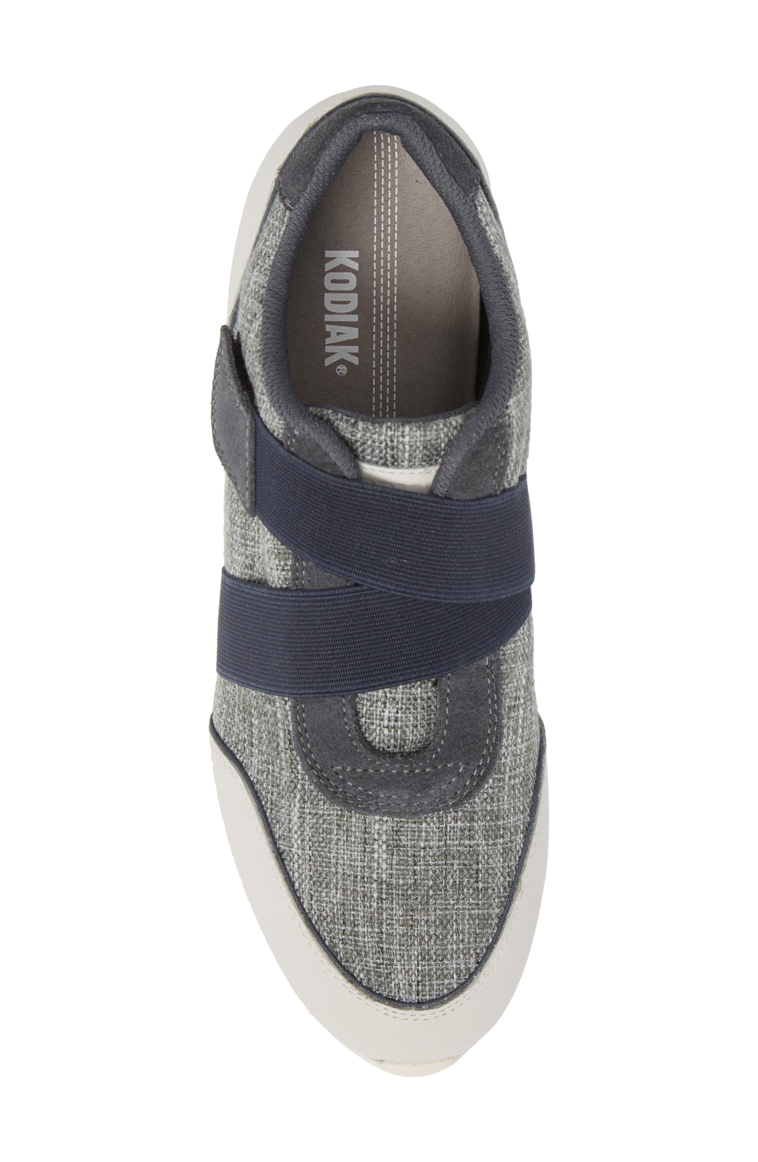 Cross Strap Sports Sneaker,                             Alternate thumbnail 5, color,                             BLUE/ WHITE
