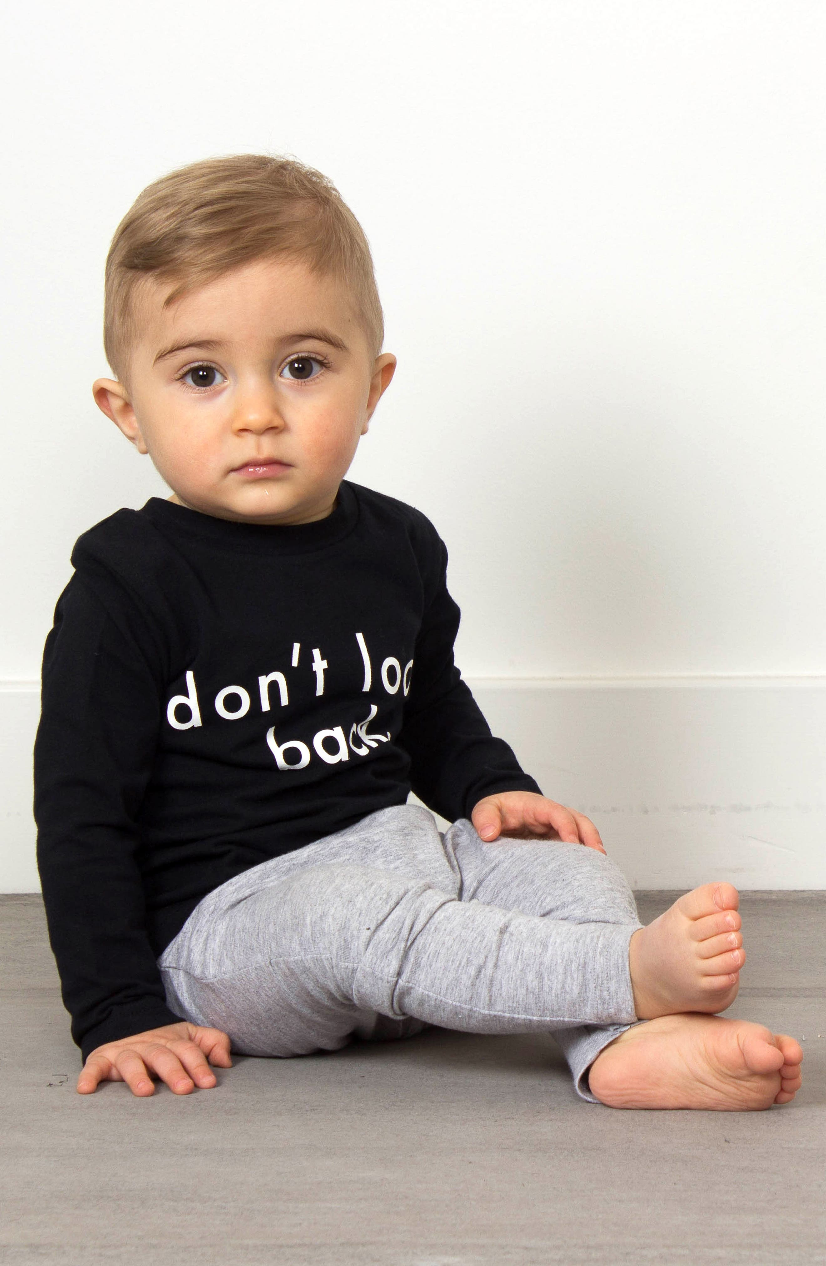 Don't Look Back T-Shirt & Leggings Set,                             Alternate thumbnail 4, color,                             001