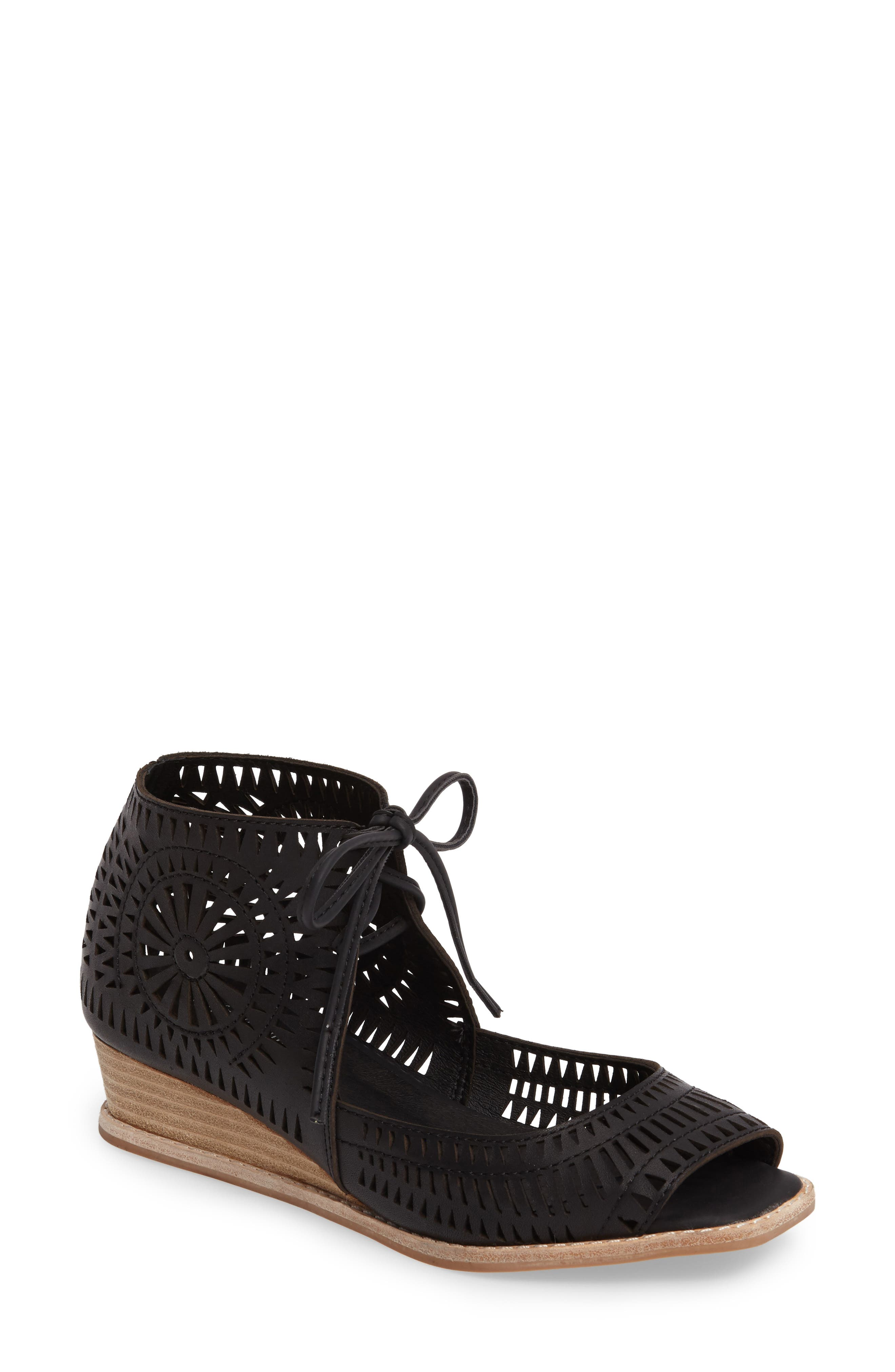 Rayos Perforated Wedge Sandal, Main, color, 001