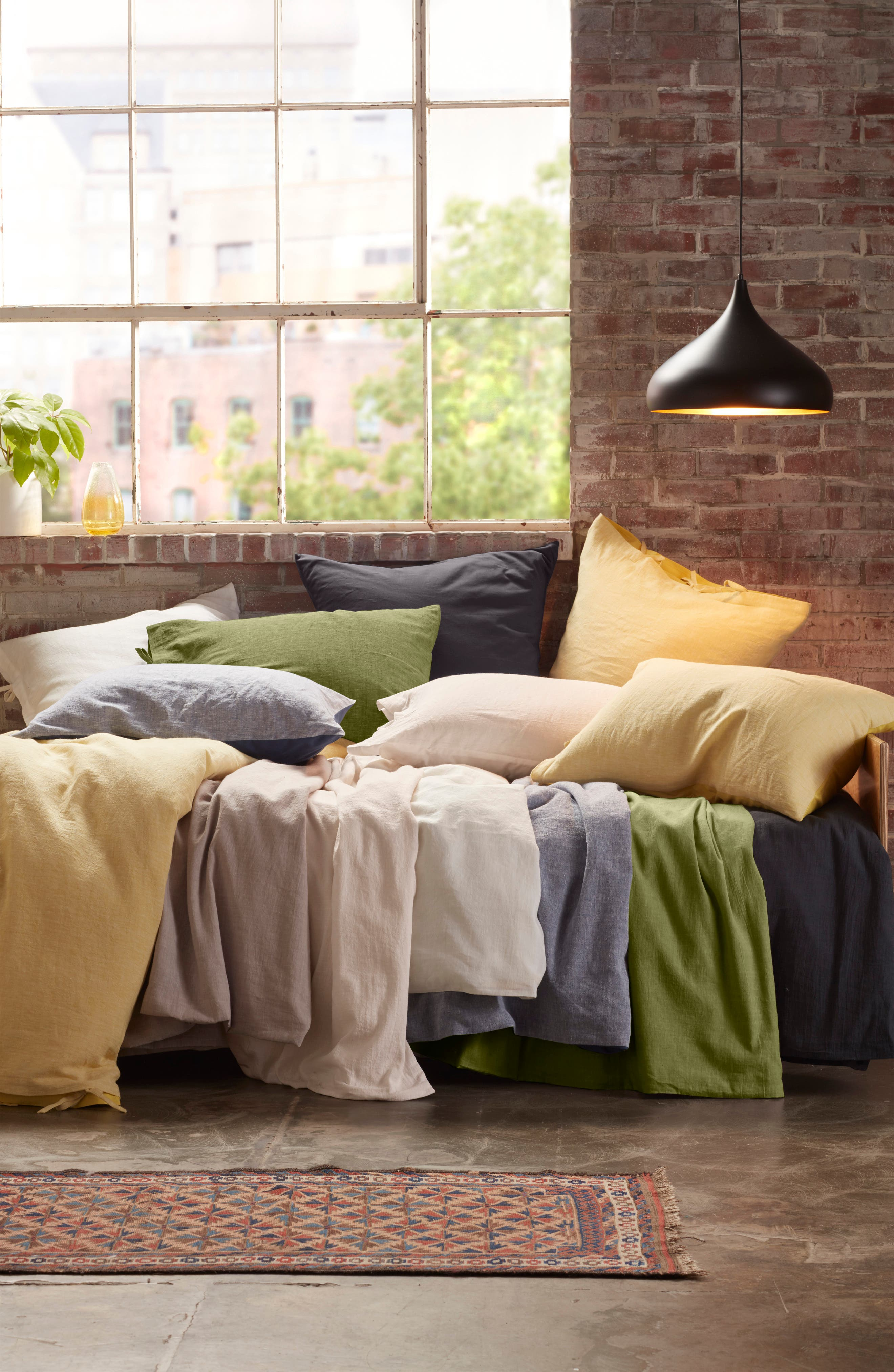 TREASURE & BOND,                             Relaxed Cotton & Linen Sham,                             Alternate thumbnail 4, color,                             GREY ONYX