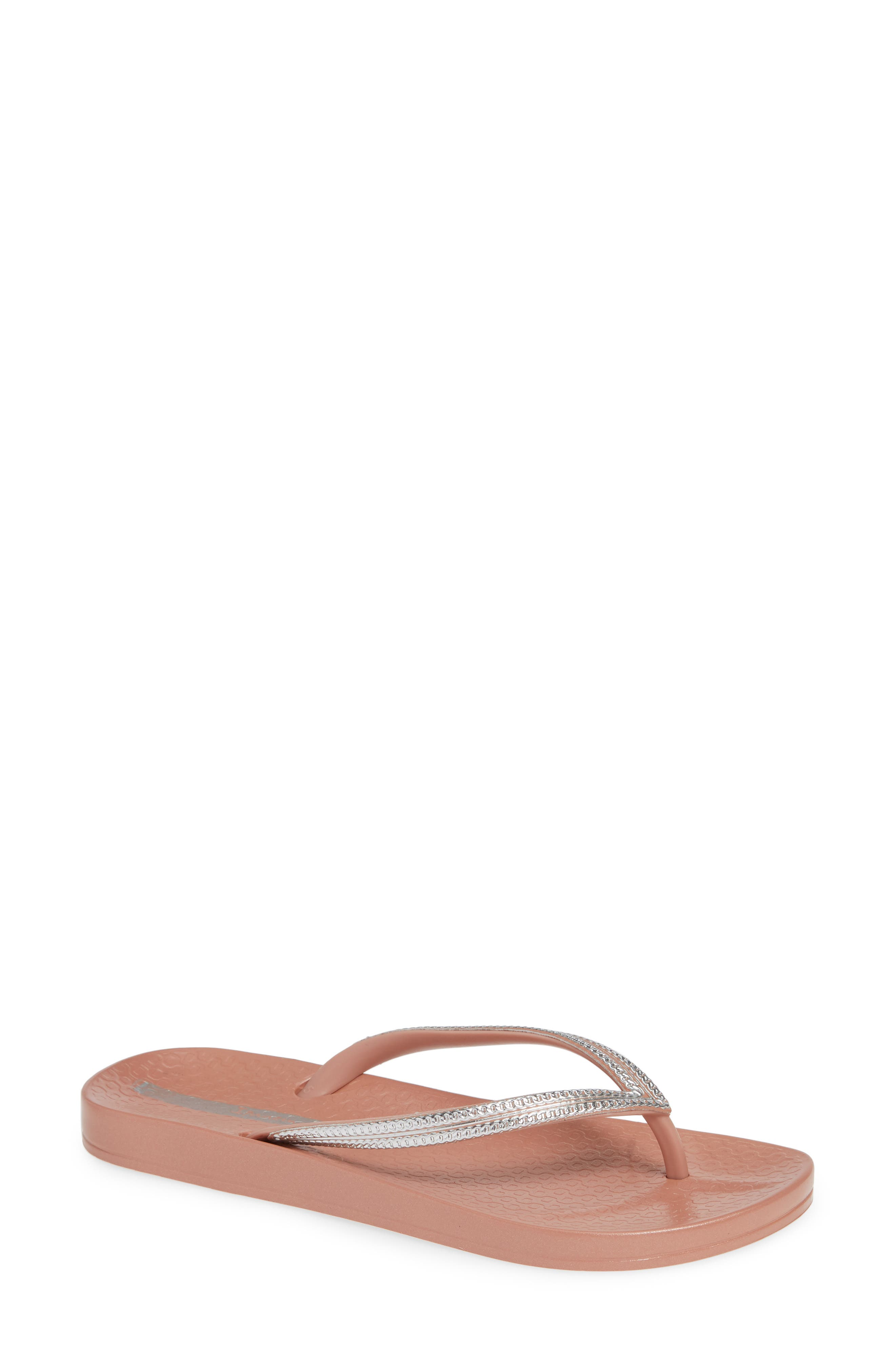 IPANEMA Ana Metallic Flip Flop in Pink/ Silver