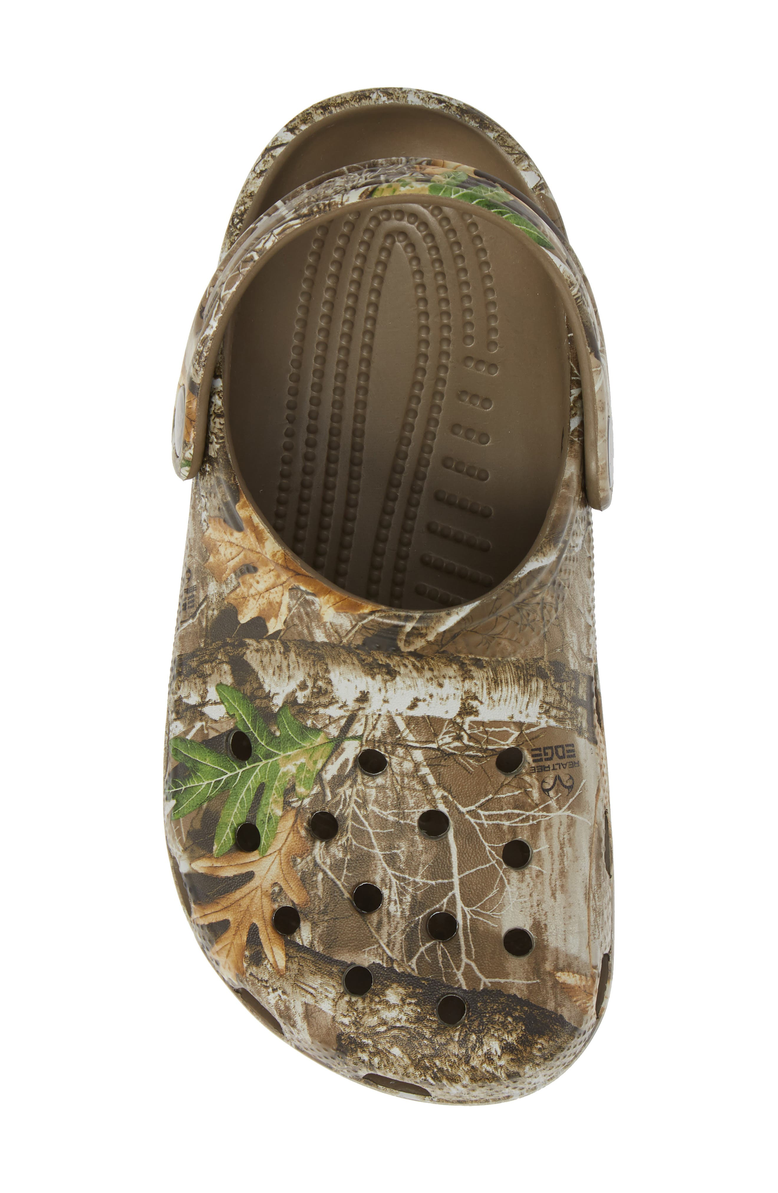 Realtree<sup>®</sup> Edge Print Classic Clog,                             Alternate thumbnail 5, color,                             WALNUT